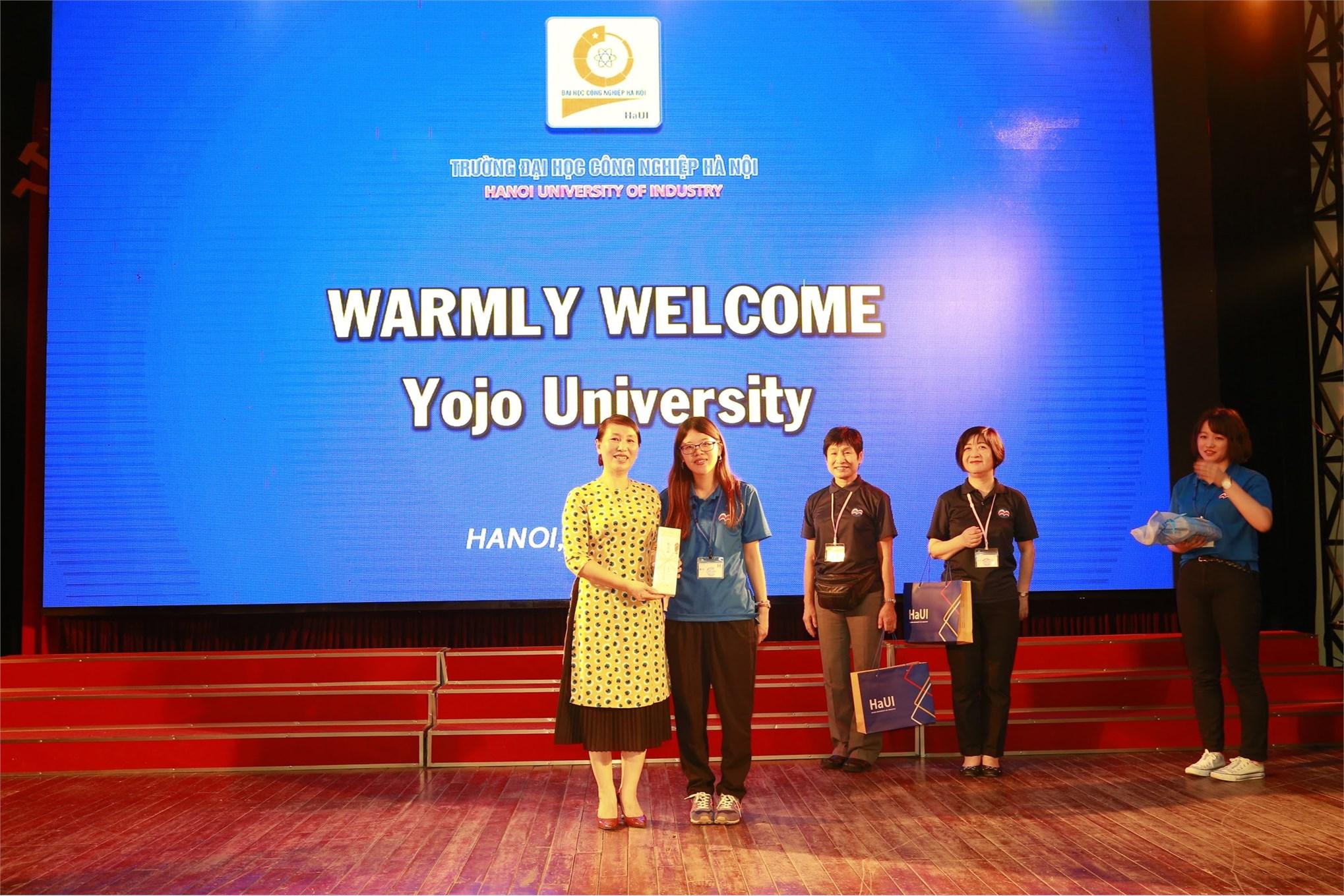 Giao lưu sinh viên giữa Đại học Công nghiệp Hà Nội và Trường Đào tạo Thanh thiếu niên tỉnh Hyogo (Nhật Bản)