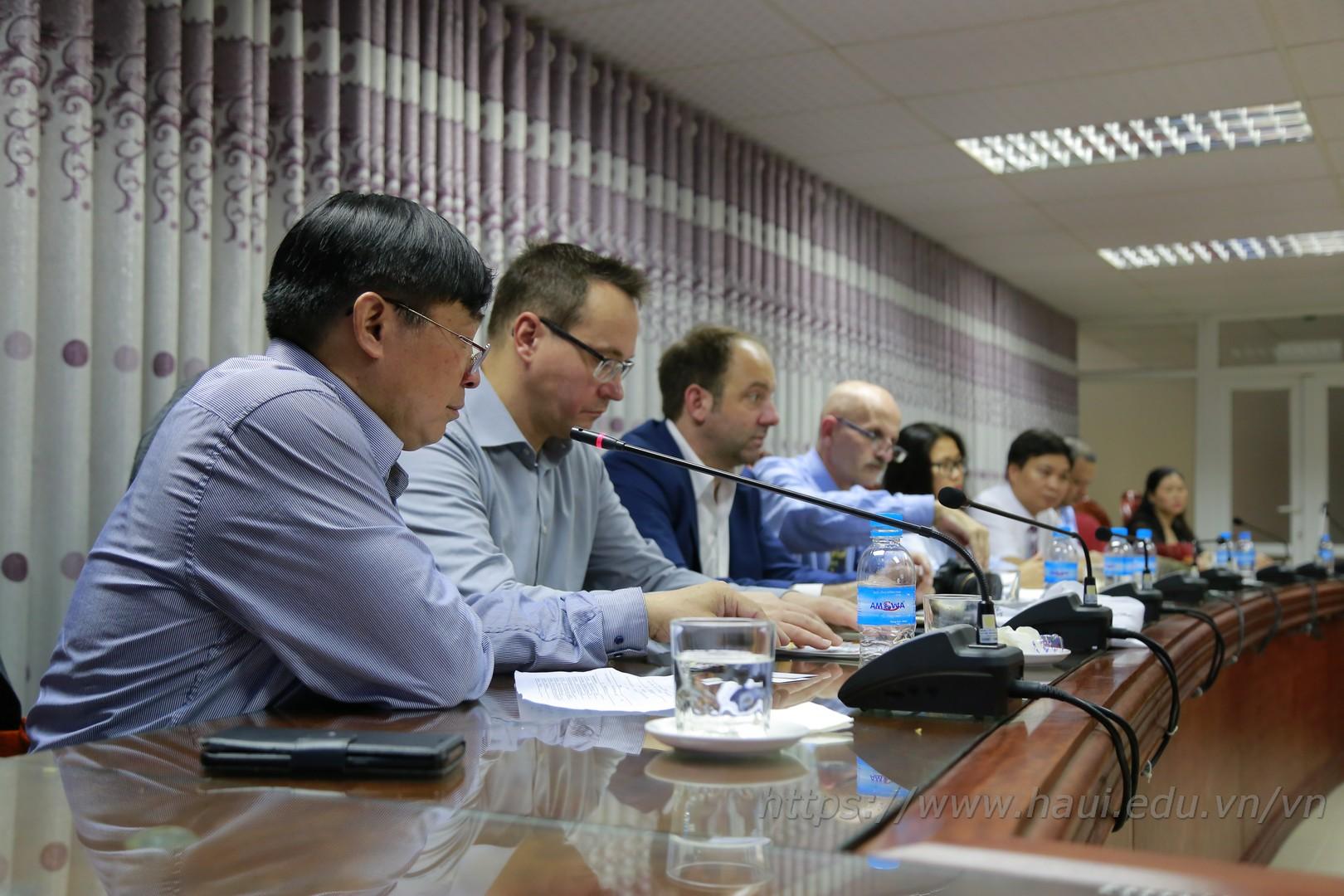 Đại học Công nghiệp Hà Nội trao đổi hợp tác với Tập đoàn Hoffman Group, CHLB Đức