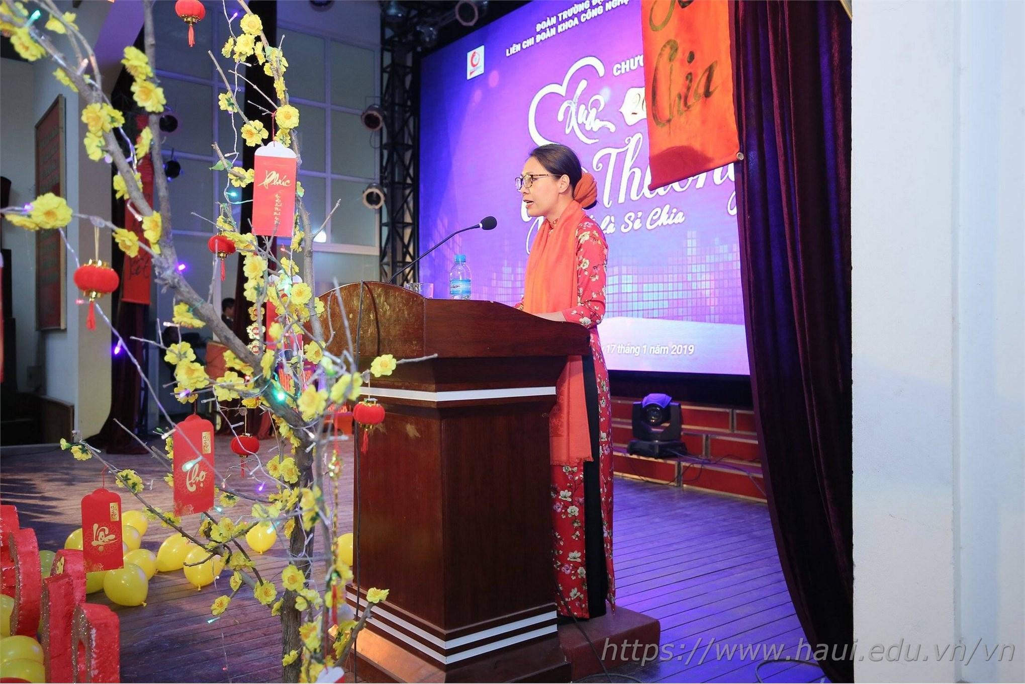 Khoa CNM&TKTT và chương trình Xuân yêu thương 2019