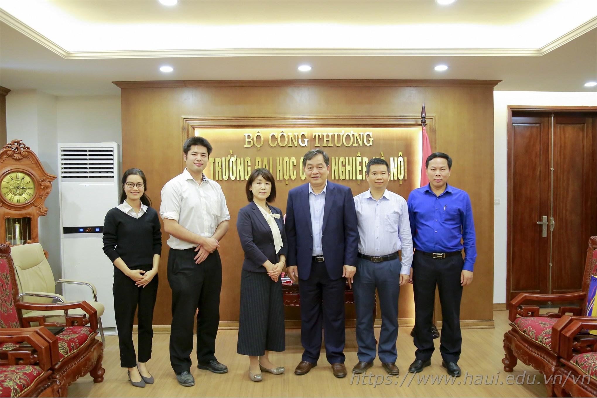 Tiếp đón chuyên gia ngôn ngữ Nhật Bản đến làm việc tại Đại học Công nghiệp Hà Nội