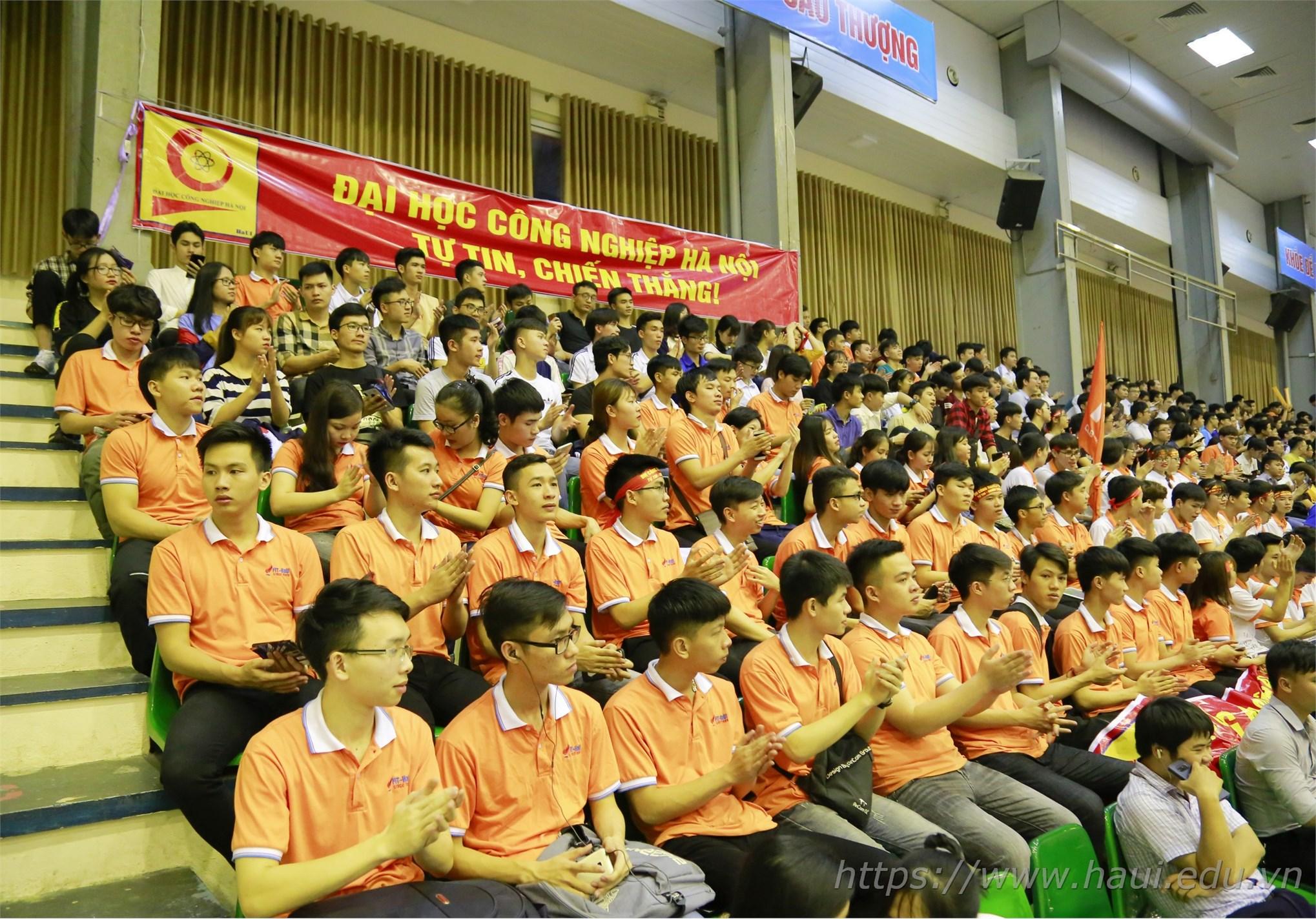 Sinh viên Đại học Công nghiệp Hà Nội lần đầu thử sức tại Cuôc đua số 2019