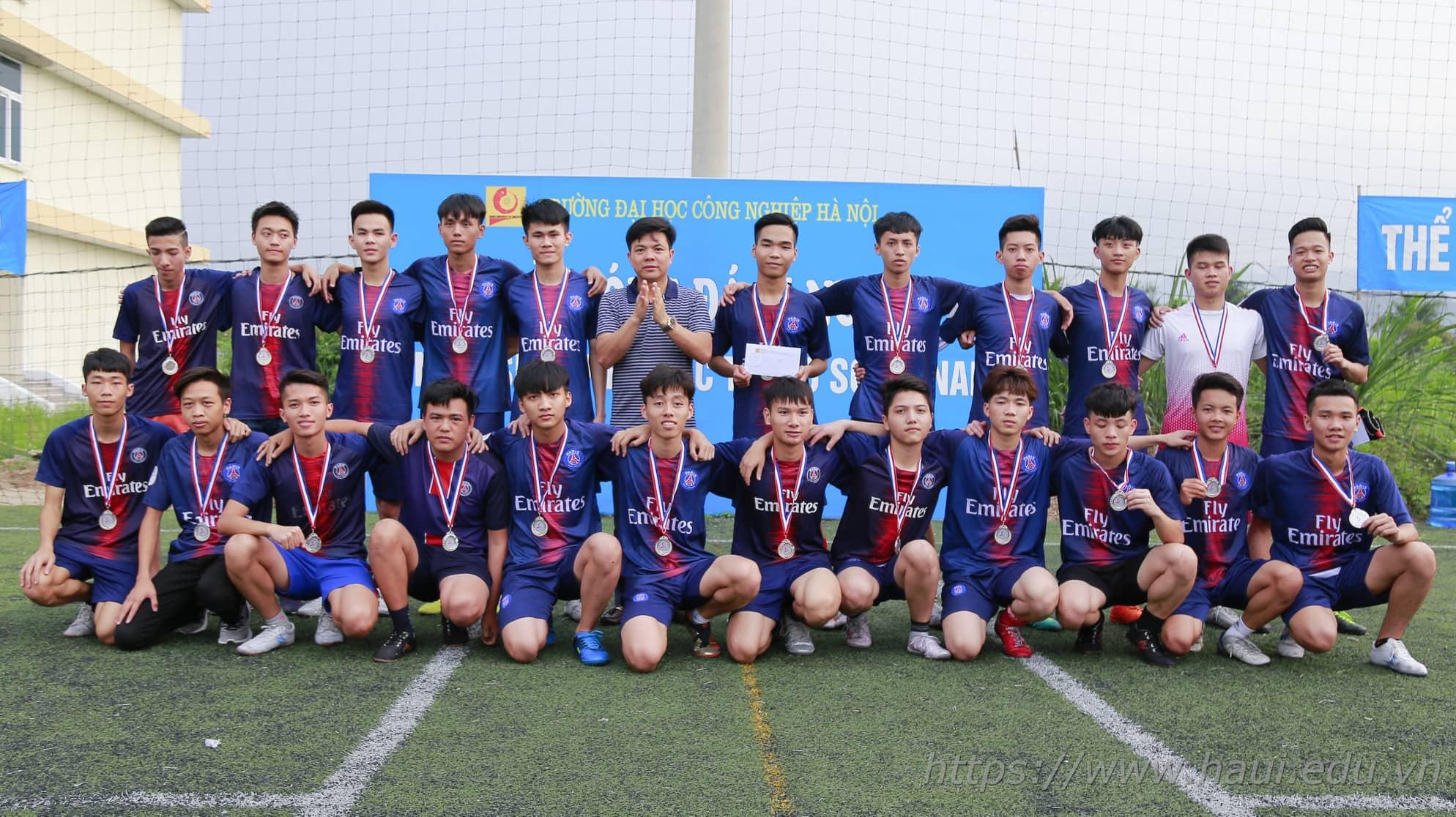 Chung kết giải bóng đá nam học sinh sinh viên năm 2019