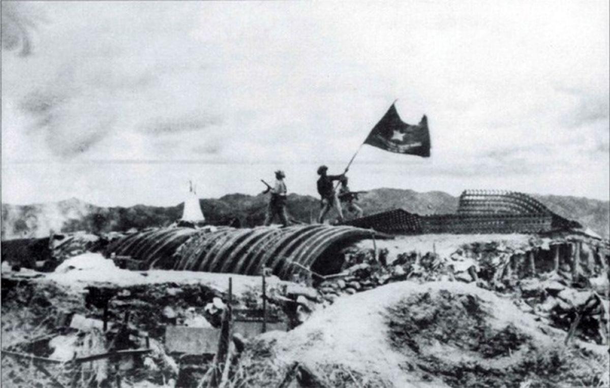 Điện Biên Phủ - vang mãi bản hùng ca