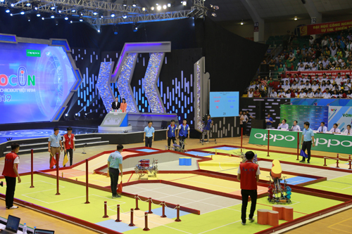 Khai mạc vòng Chung kết Robocon toàn quốc năm 2019, DCN - ĐT3 giành quyền vào vòng 16/32