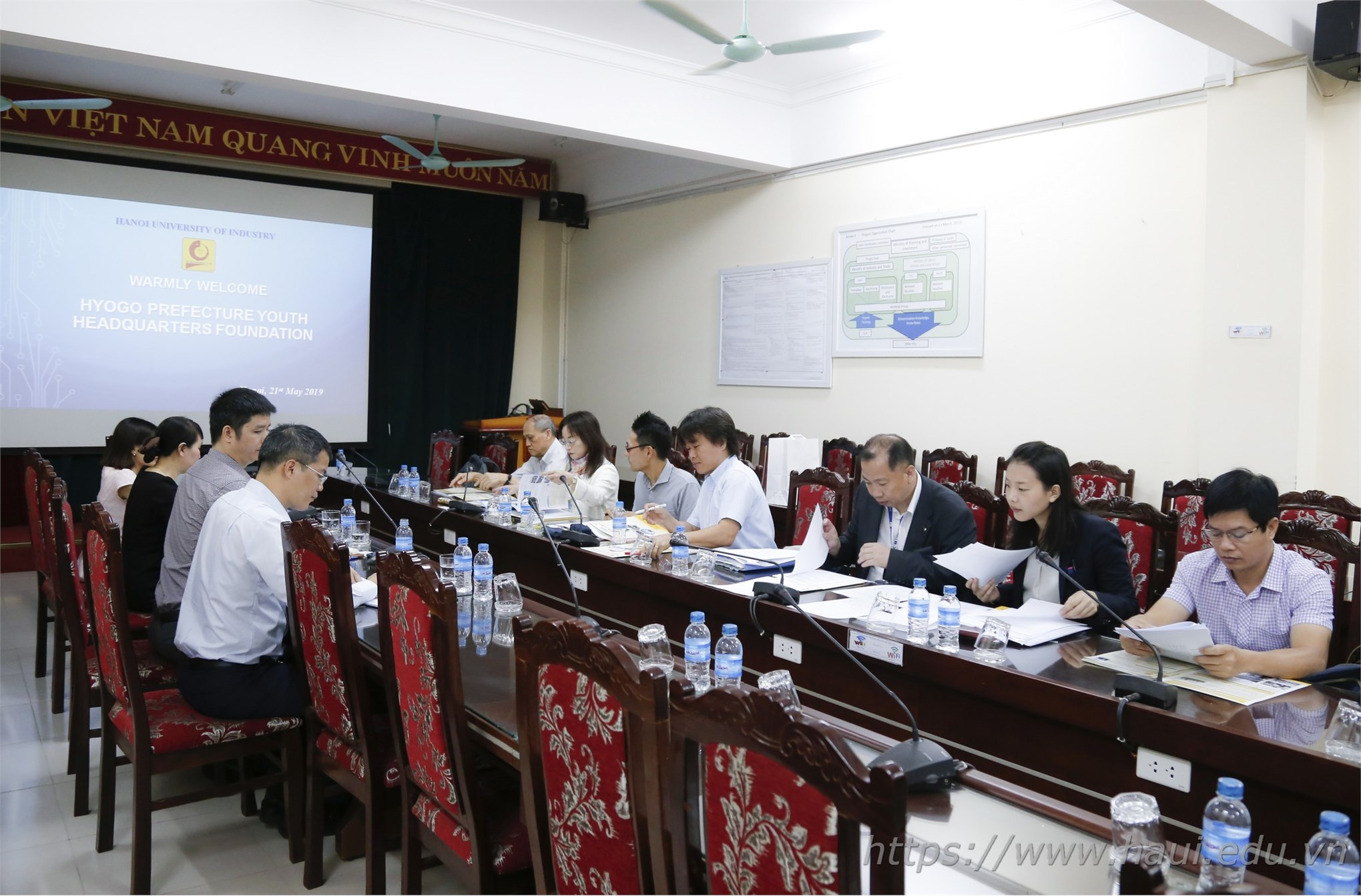 Delegation of Hyogo prefecture, Japan paid a working visit to Hanoi University of Industry