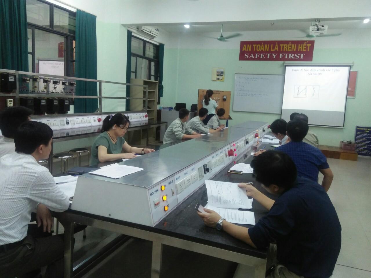 Trung tâm Việt Nhật đạt giải Nhì tập thể tại Hội thi giáo viên dạy giỏi năm học 2018 – 2019