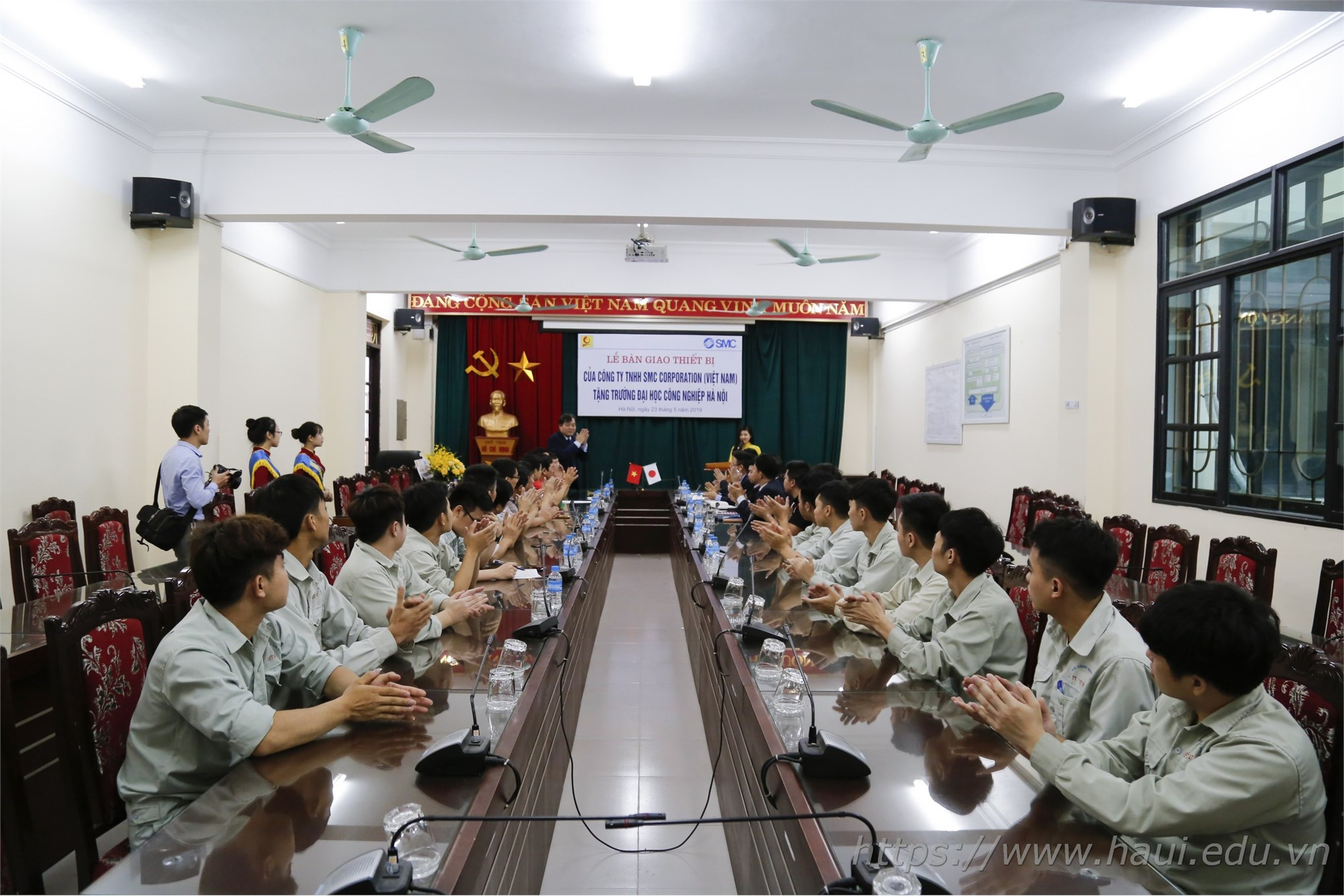 Hanoi University of Industry launch a new pneumatic lab