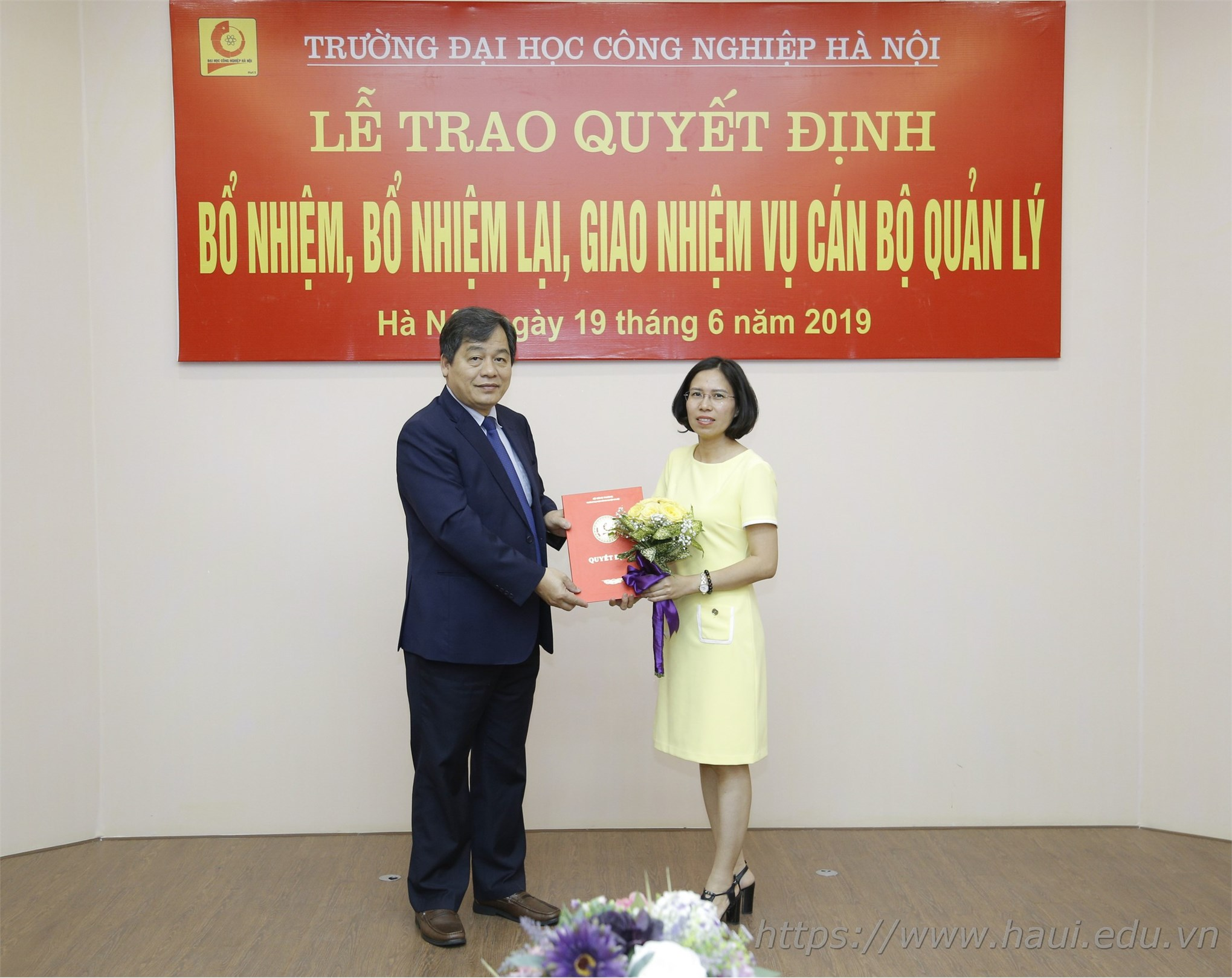 Đại học Công nghiệp Hà Nội trao quyết định bổ nhiệm cán bộ quản lý
