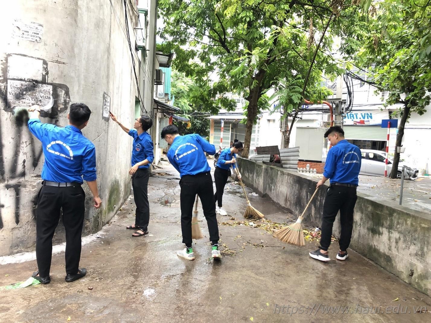 Tuổi trẻ trường Đại học Công nghiệp Hà Nội ra quân chiến dịch tình nguyện Hè 2019