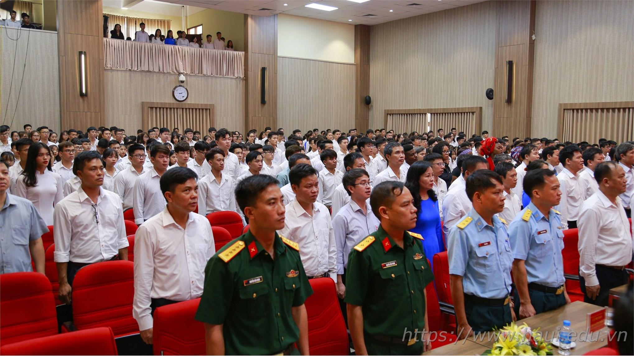 Đại học Công nghiệp Hà Nội tưng bừng khai giảng năm học 2019 - 2020