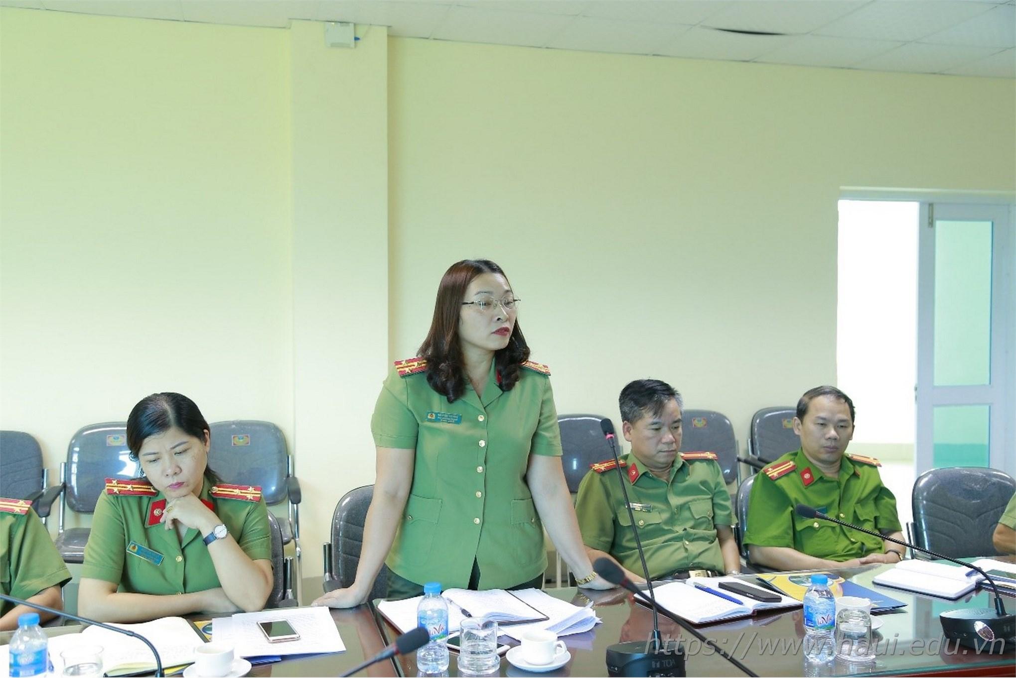 """Đại học Công nghiệp Hà Nội tổng kết công tác đảm bảo ANTT năm học 2018 - 2019 và Sơ kết thực hiện mô hình """"Trung tâm KTX đảm bảo về ANTT, không tệ nạn xã hội"""""""
