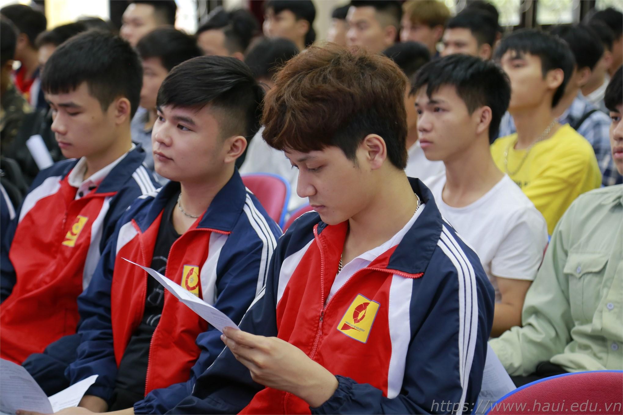 Tham dự ứng tuyển, sinh viên sẽ được đào tạo Tiếng Nhật miễn phí, hưởng lương 100% trong quá trình đào tạo
