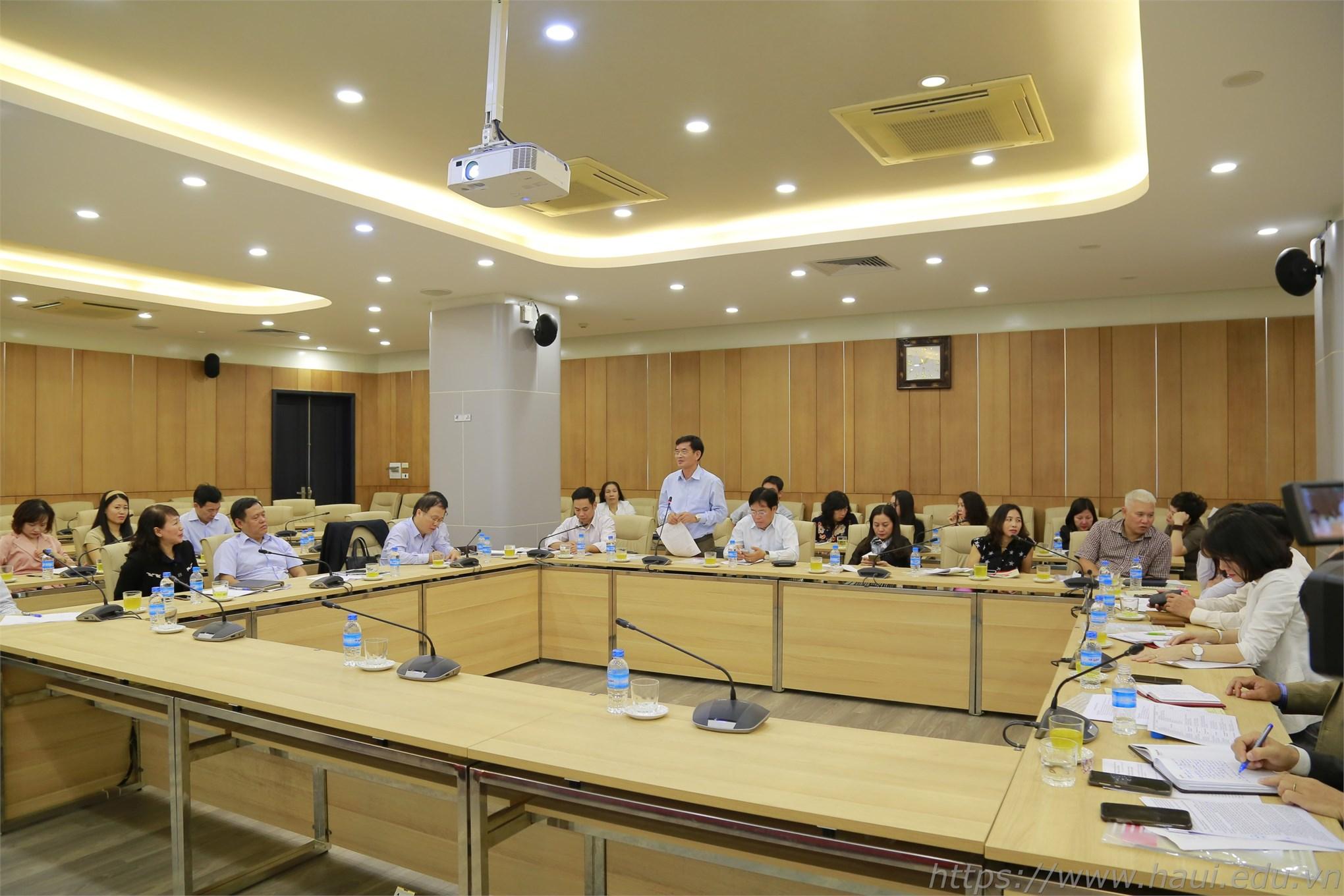 Kiểm tra công tác thi đua khen thưởng tại trường Đại học Công nghiệp Hà Nội