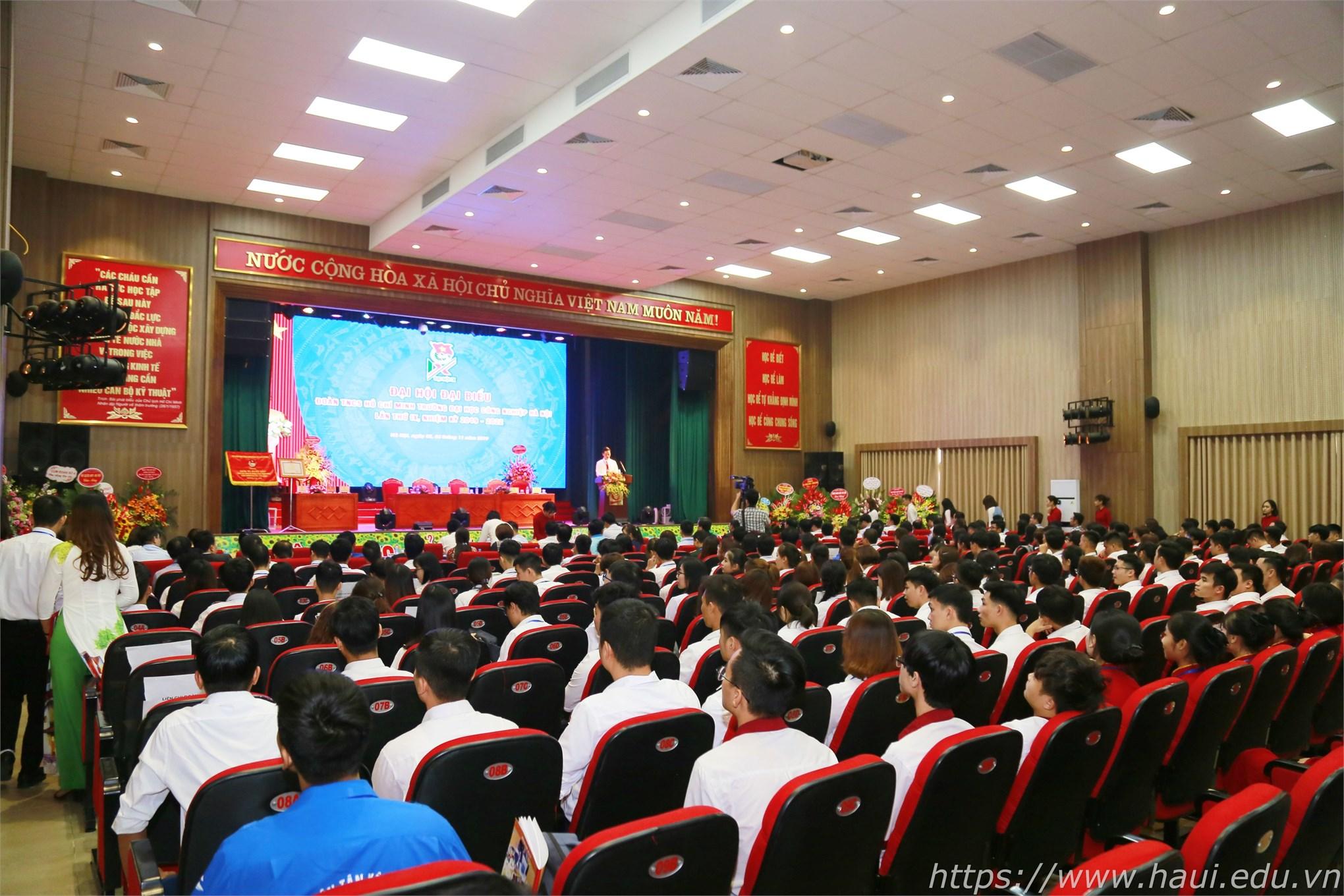 Ảnh toàn cảnh: Đại hội đại biểu Đoàn TNCS Hồ Chí Minh trường Đại học Công nghiệp Hà Nội lần thứ IX, nhiệm kỳ 2019 - 2022