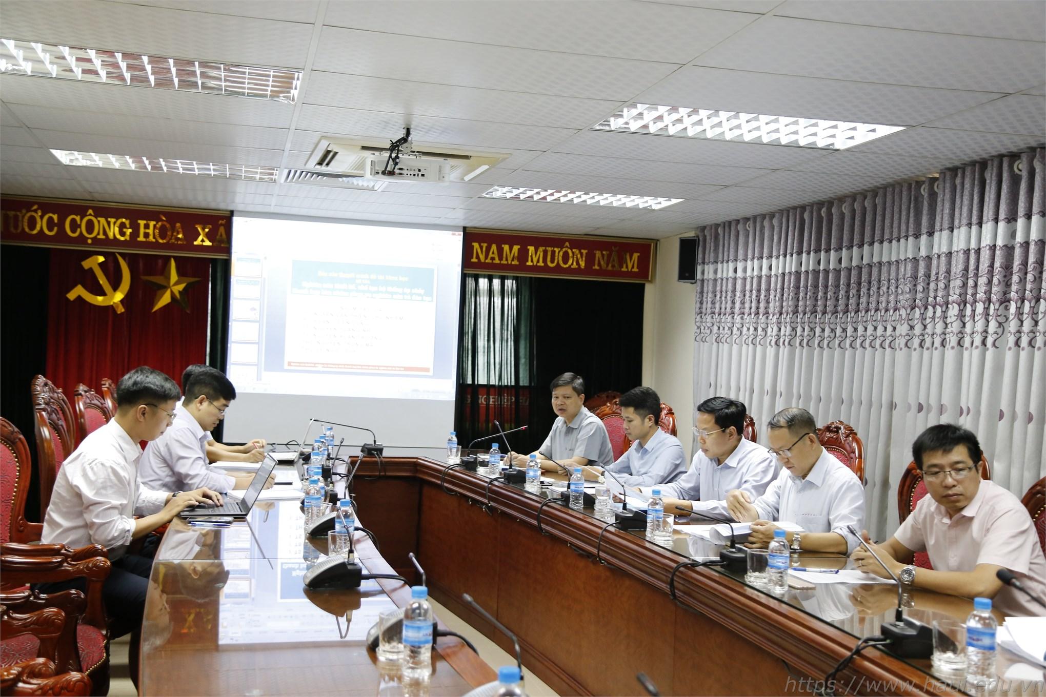 PGS.TS. Phạm Văn Đông – Trưởng phòng Khoa học Công nghệ - Chủ tịch Hội đồng nghiệm thu