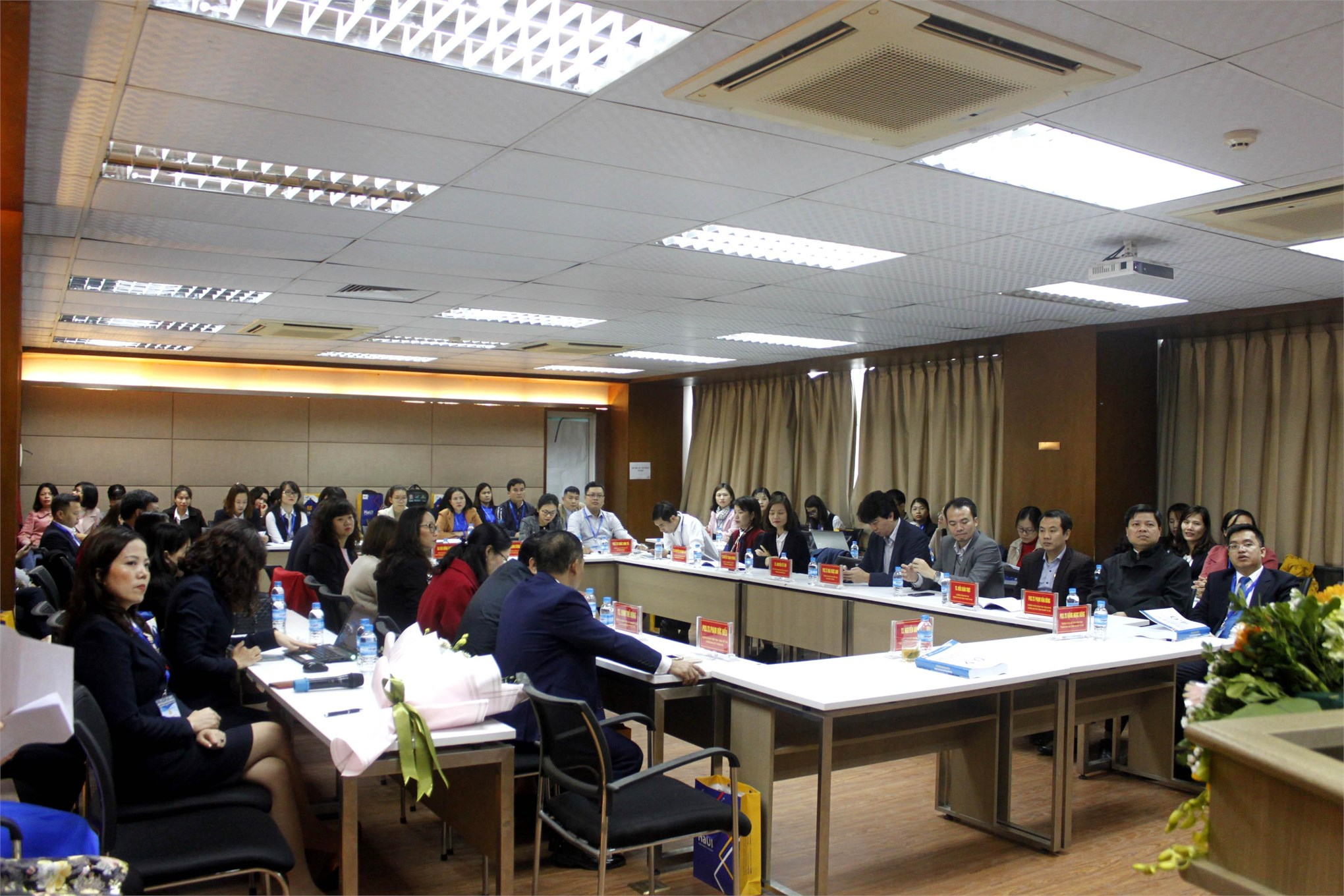 Hội thảo Khoa học Quốc gia Cách mạng công nghiệp lần thứ tư: Những vấn đề đặt ra với nội dung và chương trình đào tạo ngành Kế toán, Kiểm toán