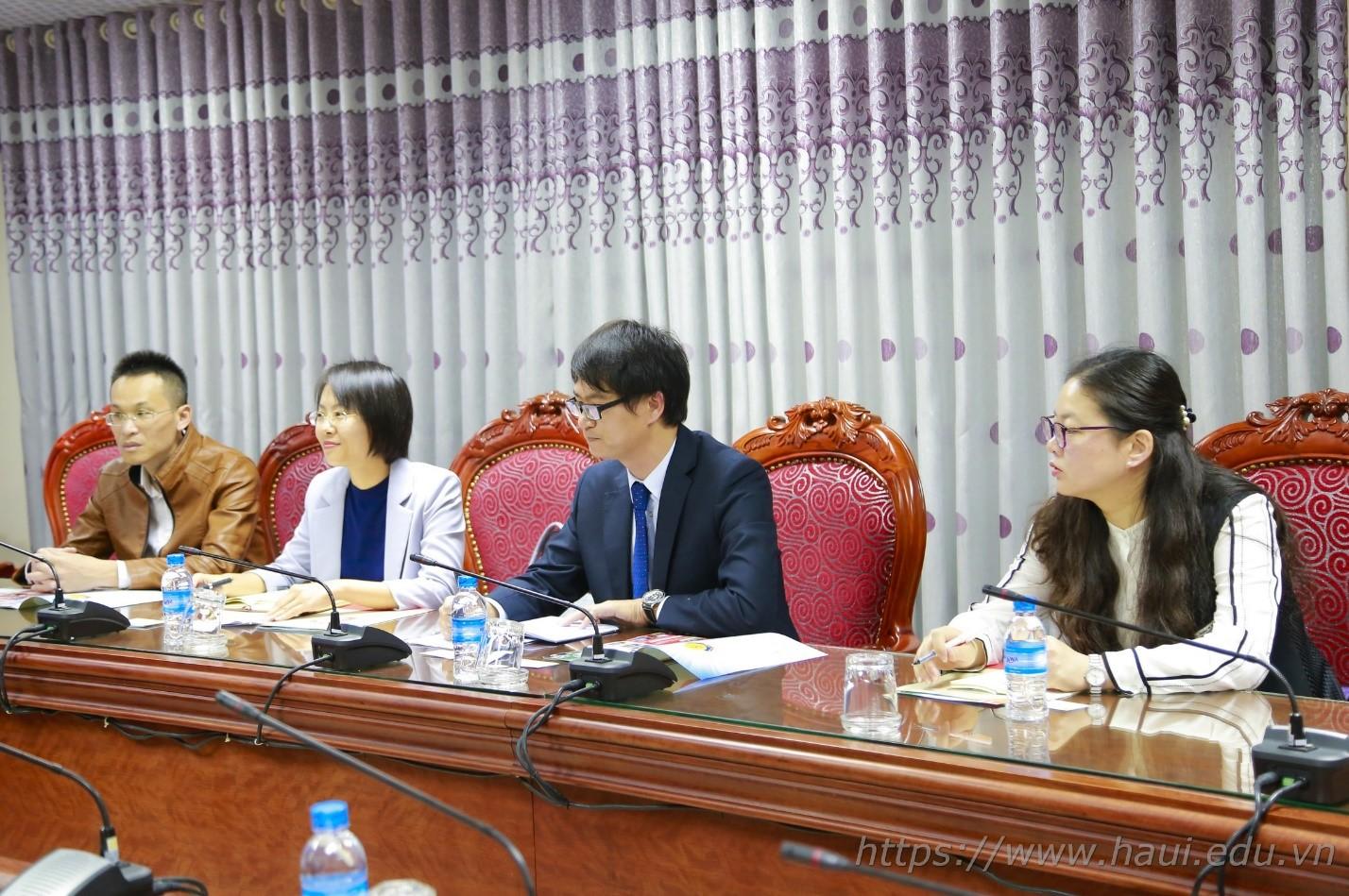 Đại học Công nghiệp Hà Nội hợp tác với Học viện Xiangsihu, Trung Quốc