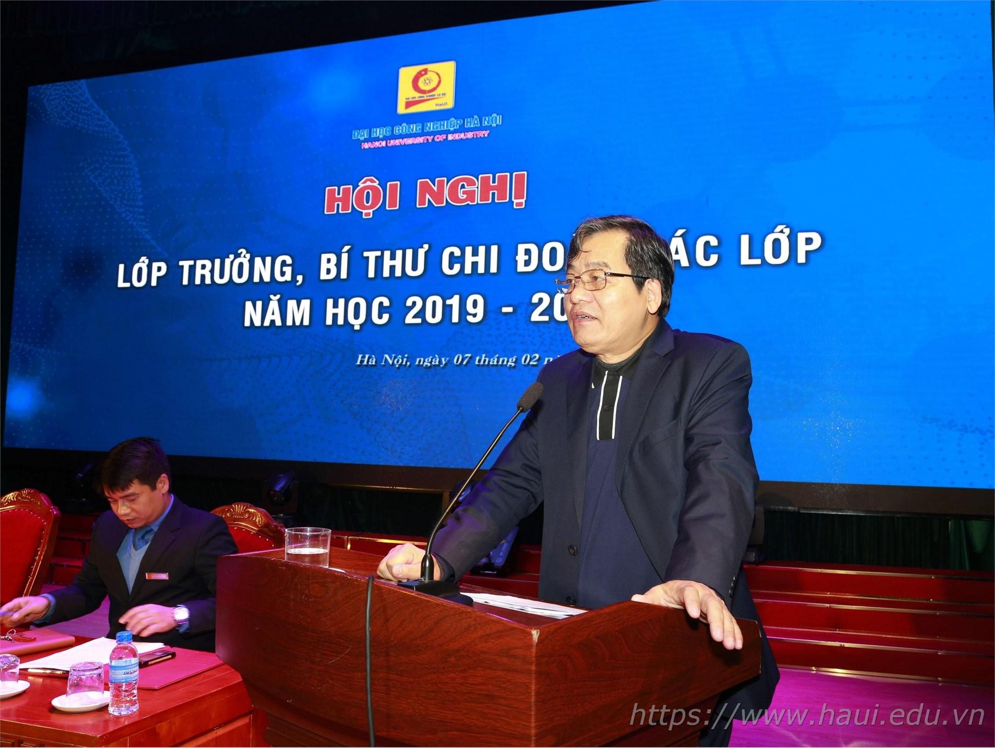 PGS.TS.Trần Đức Quý – Bí thư Đảng ủy, Hiệu trưởng Nhà trường khẳng định: Đại học Công nghiệp Hà Nội tiếp tục thực hiện kế hoạch đào tạo theo tiến độ đã ban hành, tăng cường đào tạo trực tuyến từ ngày 6/2 đến 16/2/2020; theo dõi sát tình hình dịch bệnh, không chủ quan.