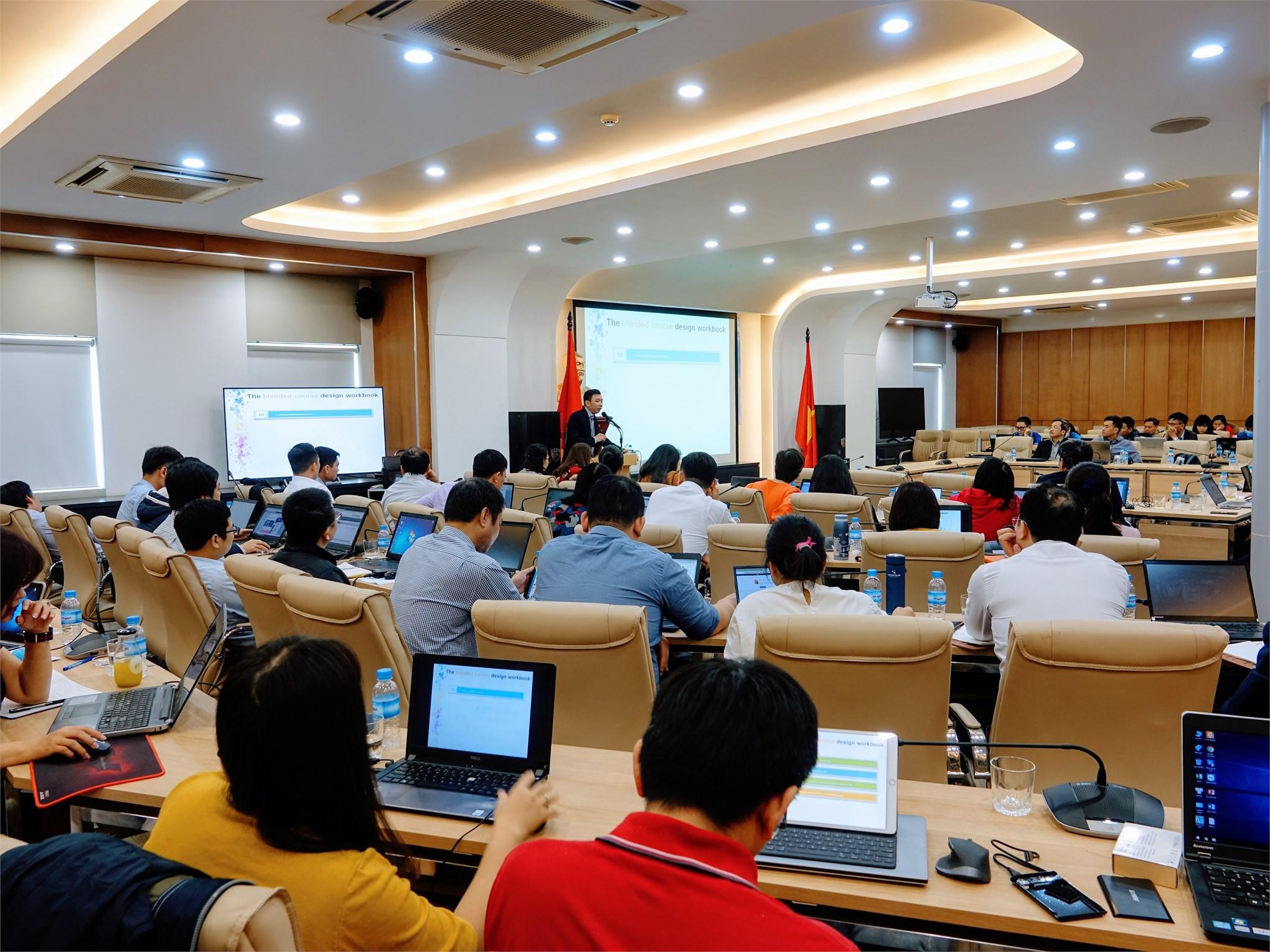 Đại học Công nghiệp Hà Nội tổ chức học trực tuyến