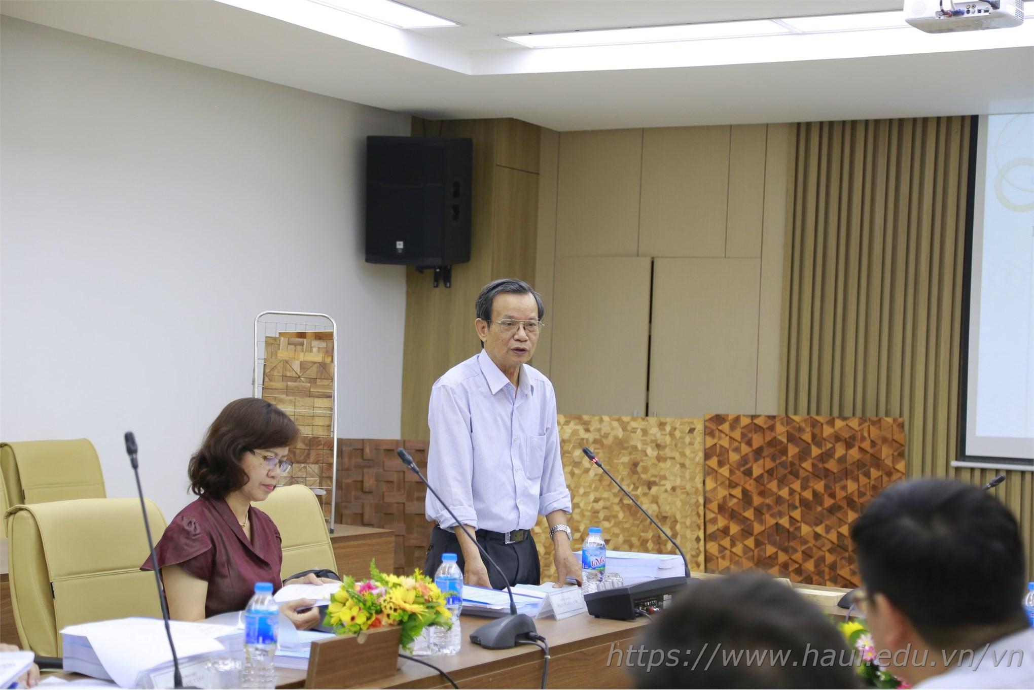 PGS.TS. Vũ Liêm Chính – Nguyên Phó Hiệu trưởng trường Đại học Xây dựng - Chủ tịch hội đồng nghiệm thu cấp cơ sở nhận xét trước hội đồng