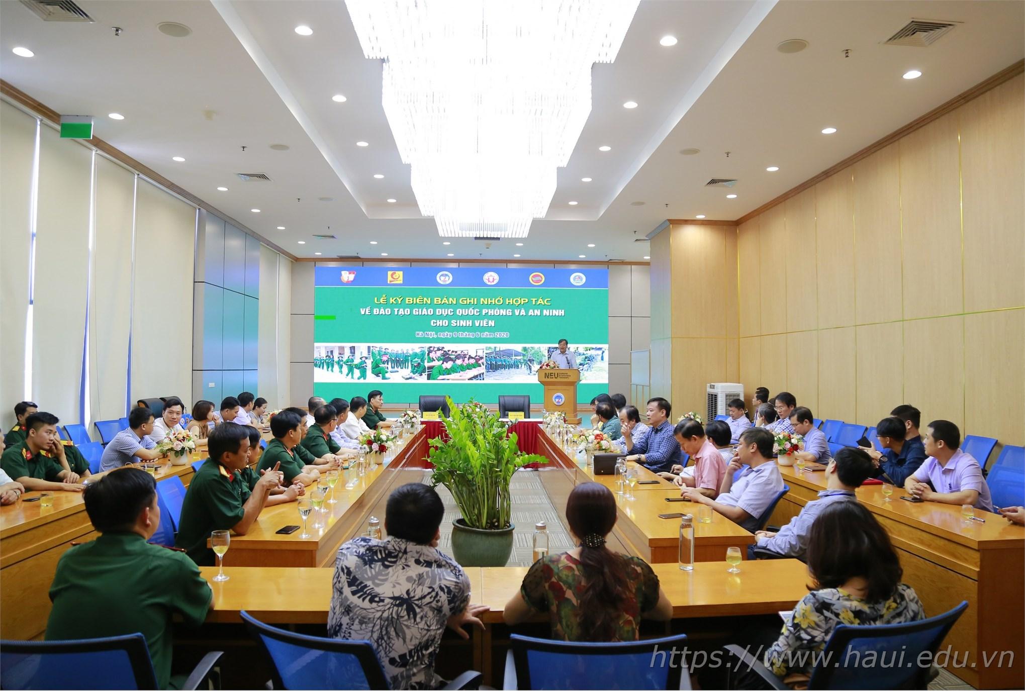 Đại học Công nghiệp Hà Nội hợp tác đào tạo giáo dục quốc phòng và an ninh với Đại học Kinh tế Quốc dân