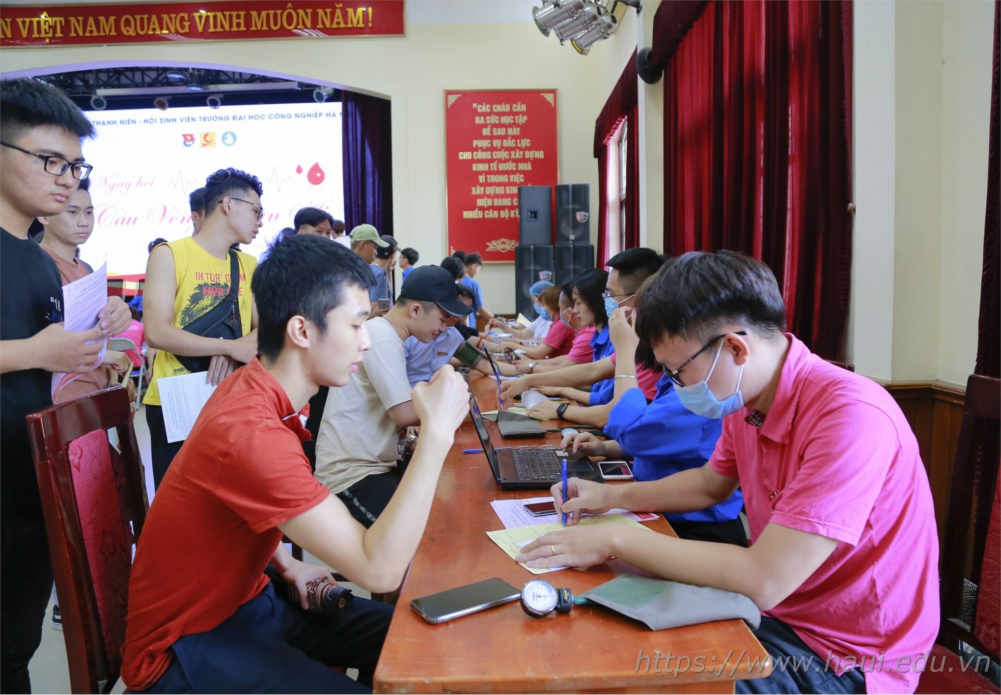 Ngày hội hiến máu năm 2020 tại Đại học Công nghiệp Hà Nội