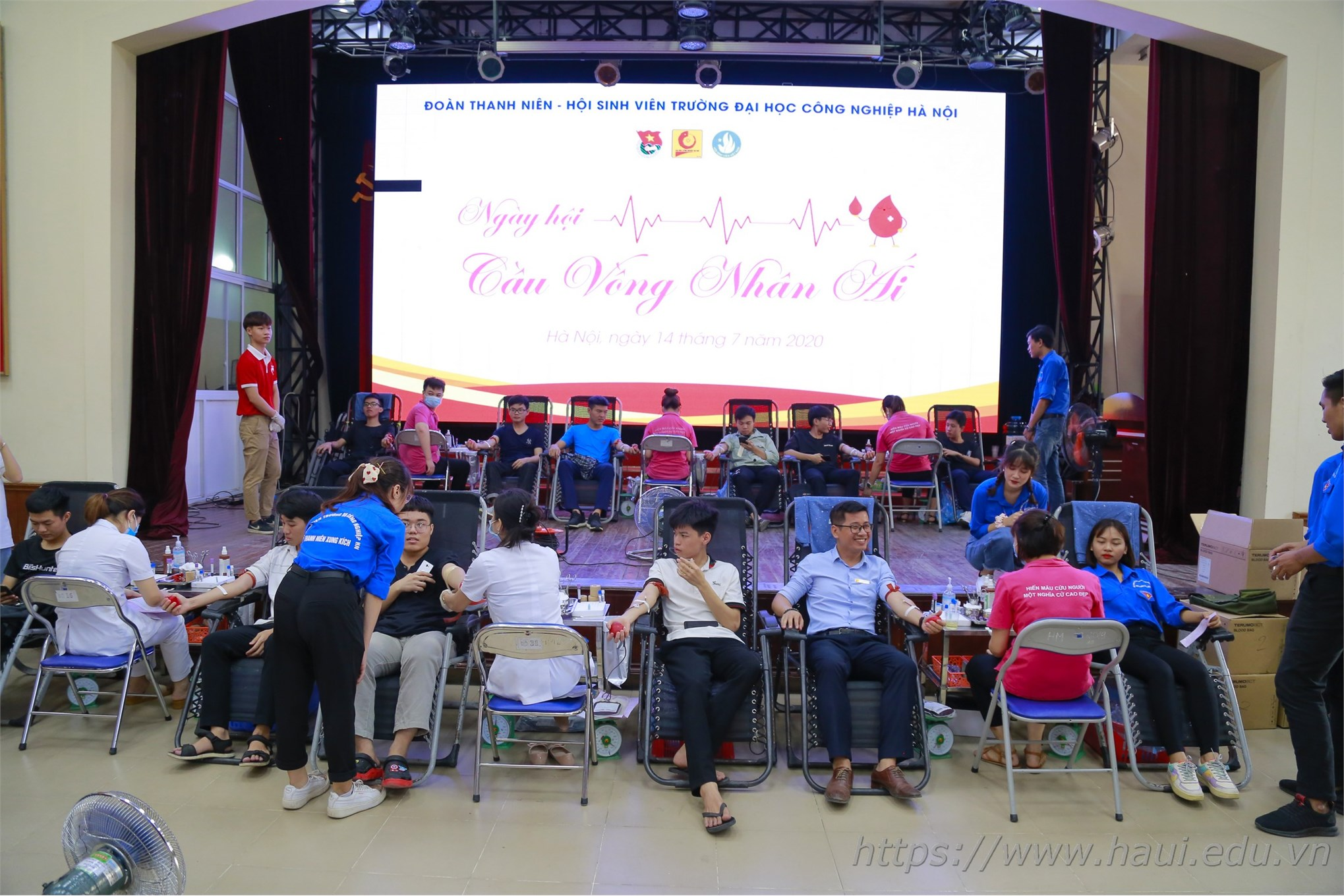 Voluntary Blood Donation Day 2020 at HaUI