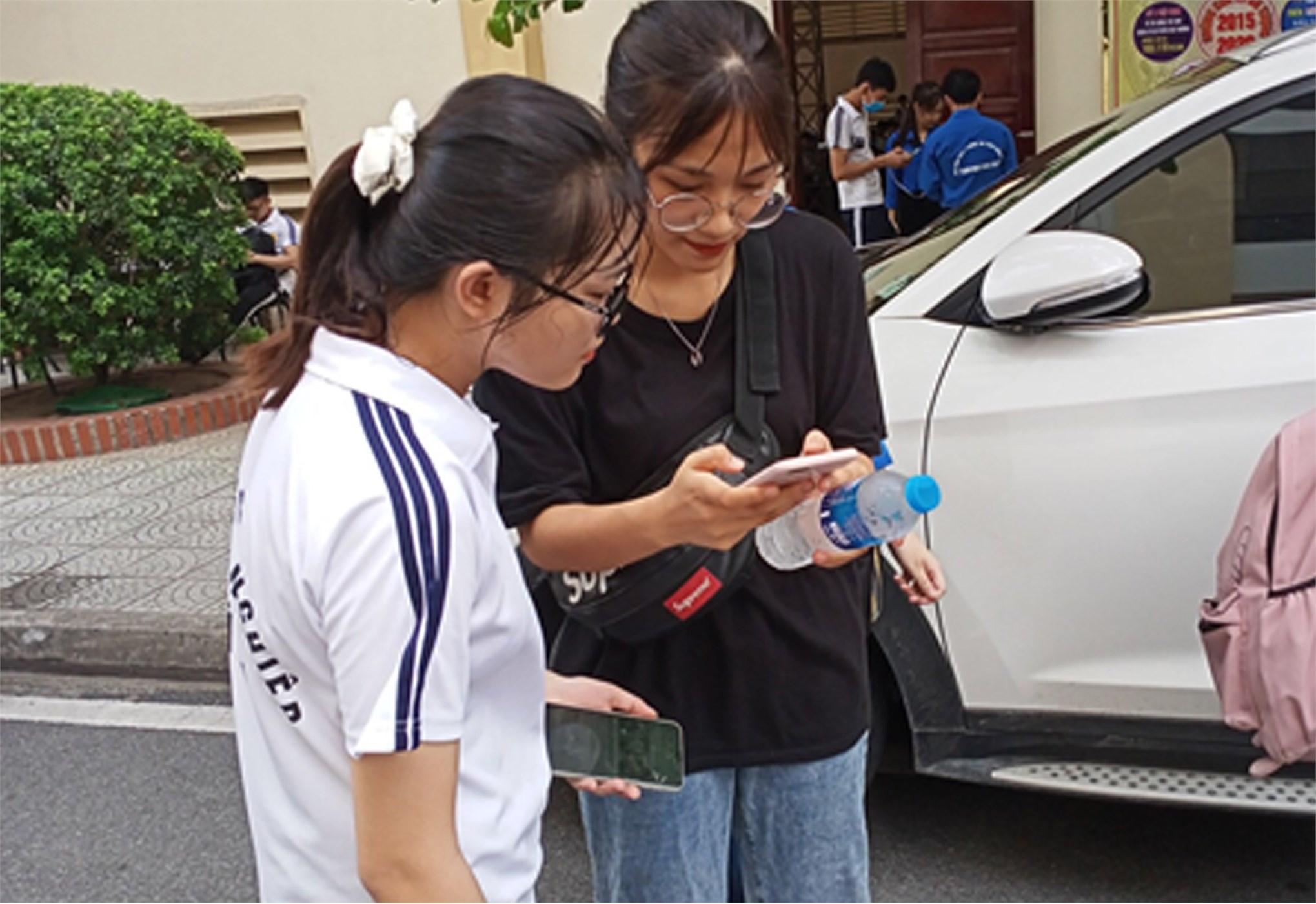 Đội sinh viên trường Đại học Công nghiệp Hà Nội lọt vào vòng bảng chương trình SV2020