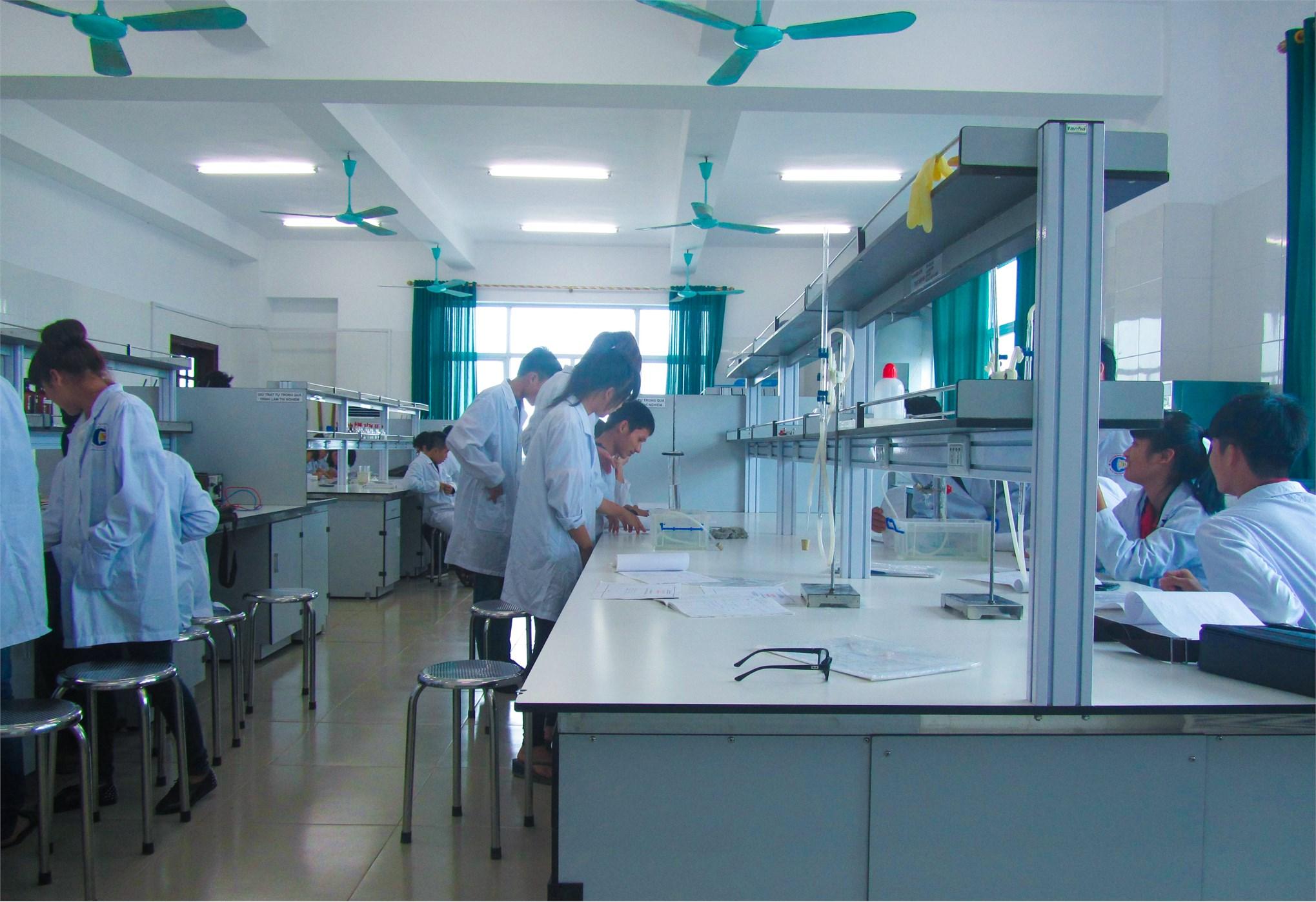Ngành Công nghệ kỹ thuật môi trường - phát triển công nghiệp xanh