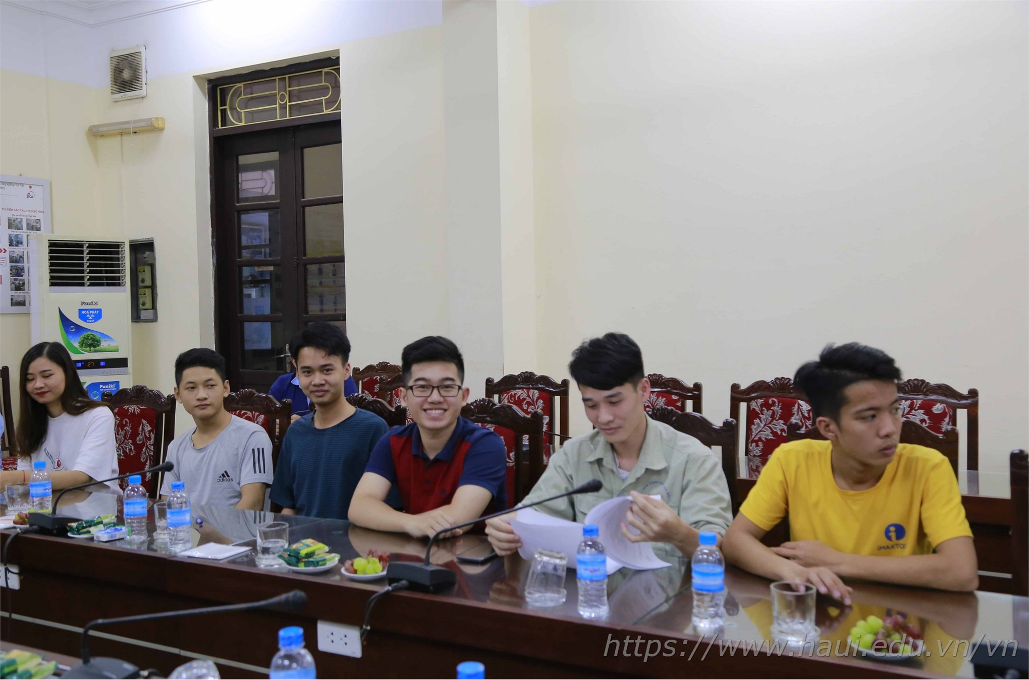 Các thí sinh của 9 nghề dự thi đã chuẩn bị sẵn sàng