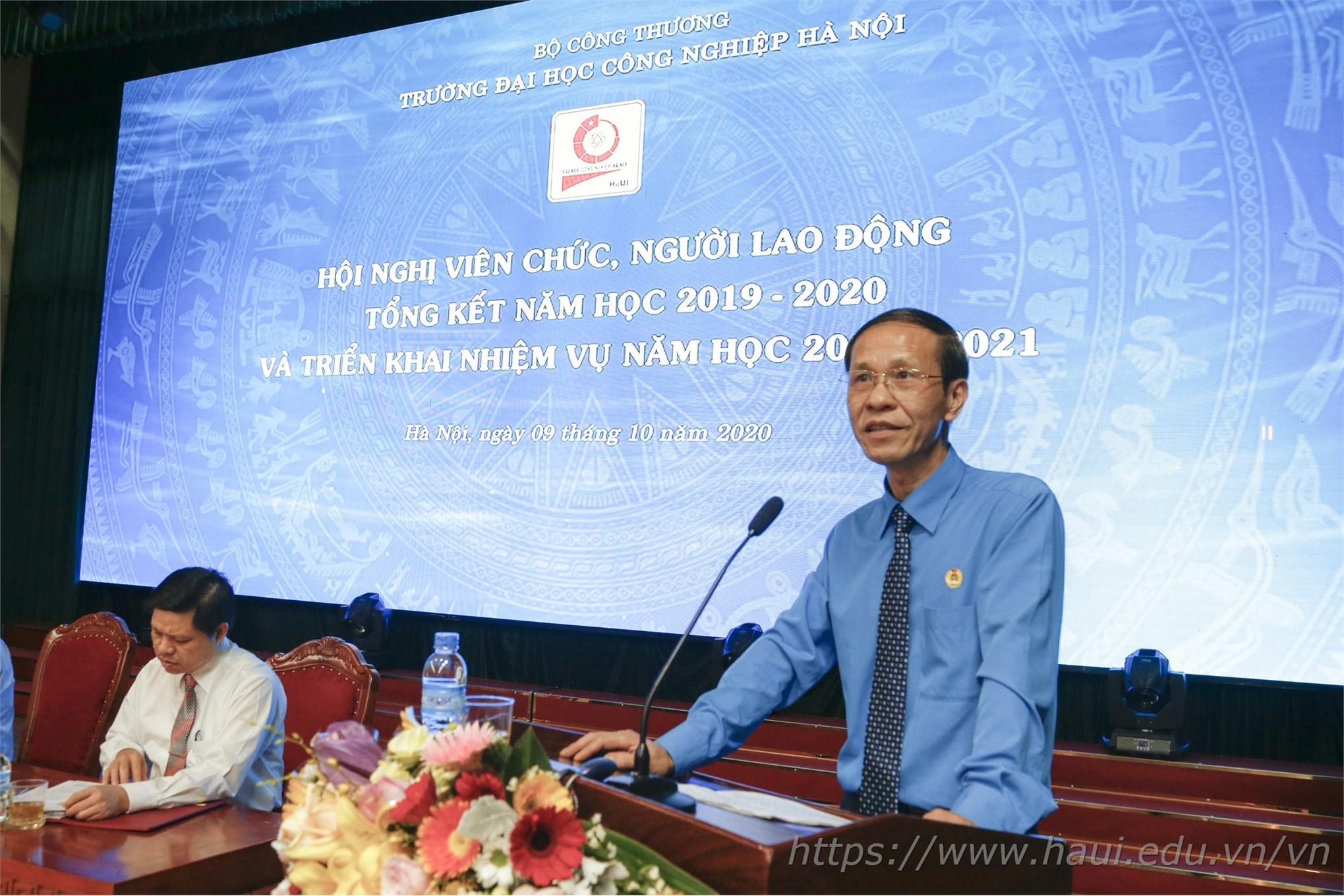 Ông Vũ Trường Sơn – Phó Chủ tịch Công đoàn Công thương Việt Nam phát biểu tại Hội nghị