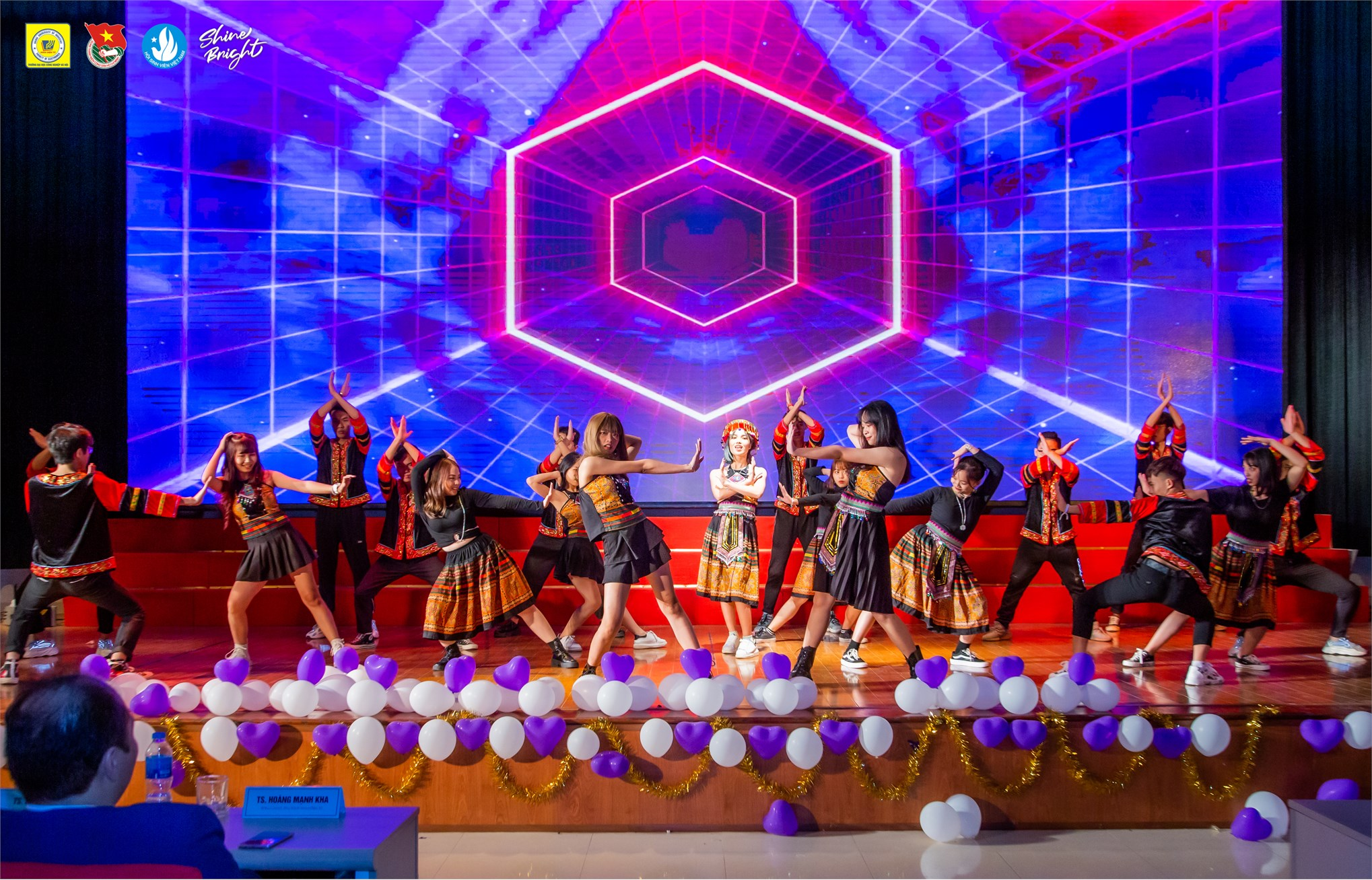 HaUI Freshmen Festival 2020: warm, impressive, colorful