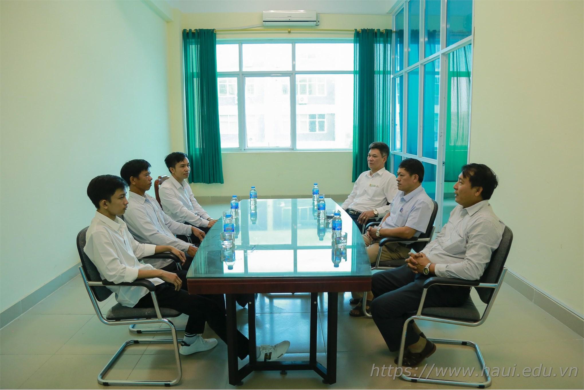 Tân thủ khoa Đại học Công nghiệp Hà Nội đạt 29,3 điểm
