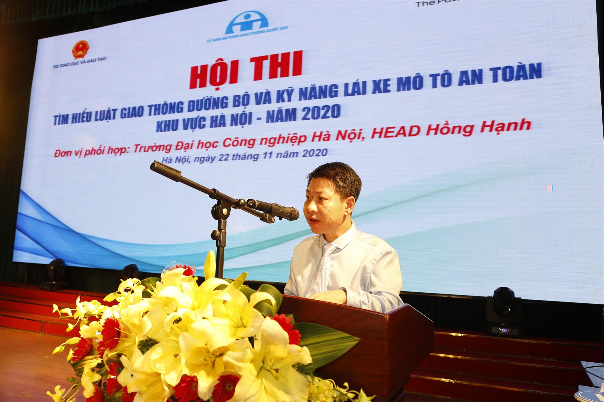 Ông Nguyễn Xuân An Việt – Phó Vụ trưởng – Vụ Giáo dục Chính trị & Công tác HSSV – Bộ GD & ĐT phát biểu khai mạc Hội thi.