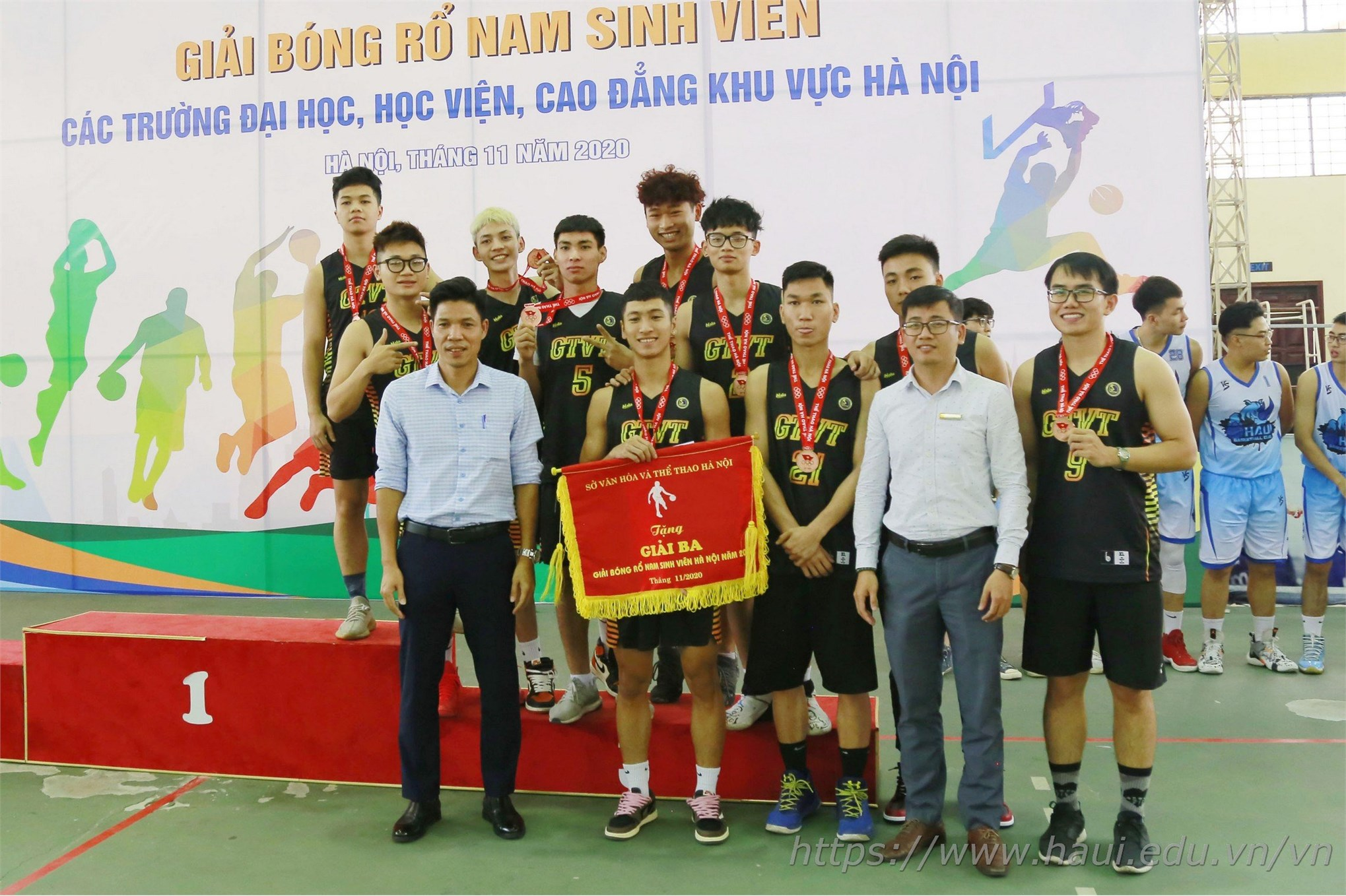 Sinh viên Đại học Công nghiệp Hà Nội giành Giải Ba tại Giải Bóng rổ sinh viên Hà Nội 2020