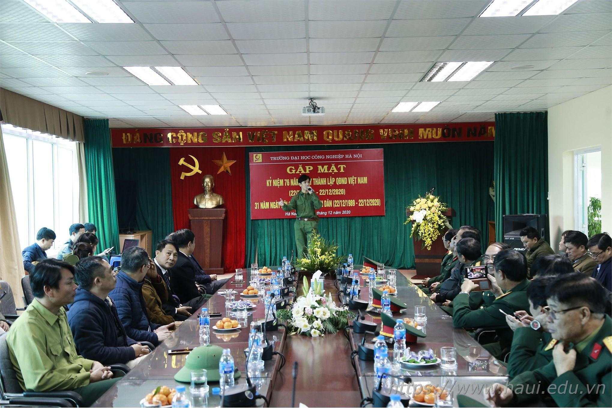 Gặp mặt kỷ niệm 76 năm ngày thành lập Quân đội nhân dân Việt Nam và 31 năm ngày hội Quốc phòng toàn dân 22/12