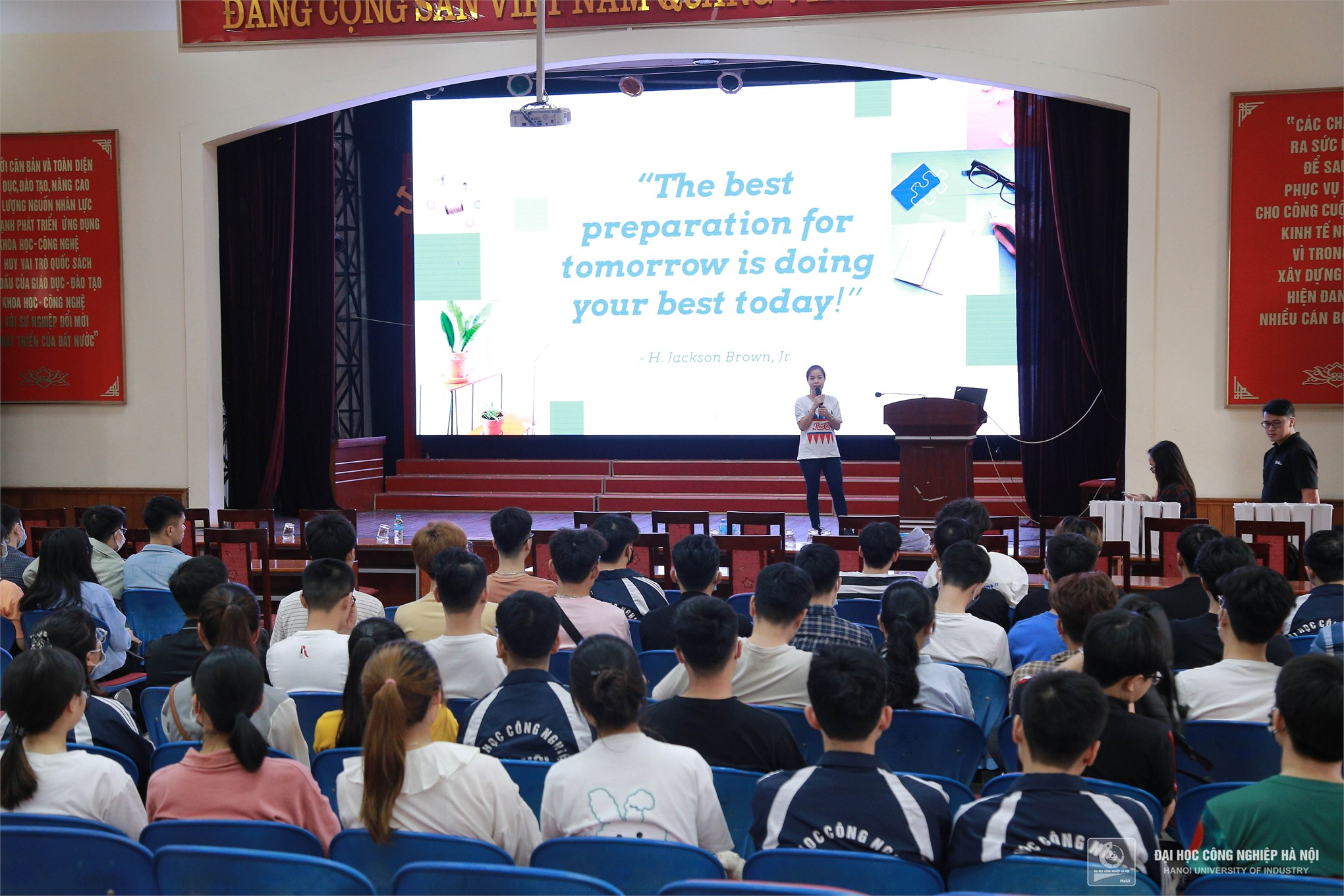 Cơ hội việc làm cho sinh viên tại Suntory Pepsico Việt Nam và DC GLOBAL