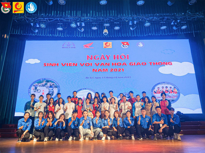 """Ngày hội """"Sinh viên với văn hóa giao thông"""" năm 2021"""