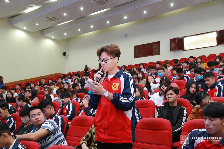 Hội nghị lắng nghe 35 ý kiến từ sinh viên