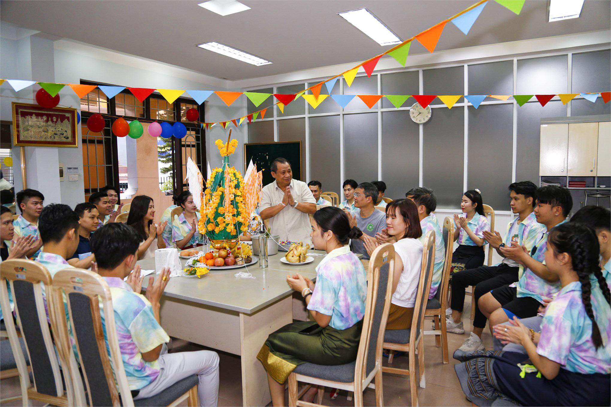 Traditional Bunpimay Festival organized for Lao students