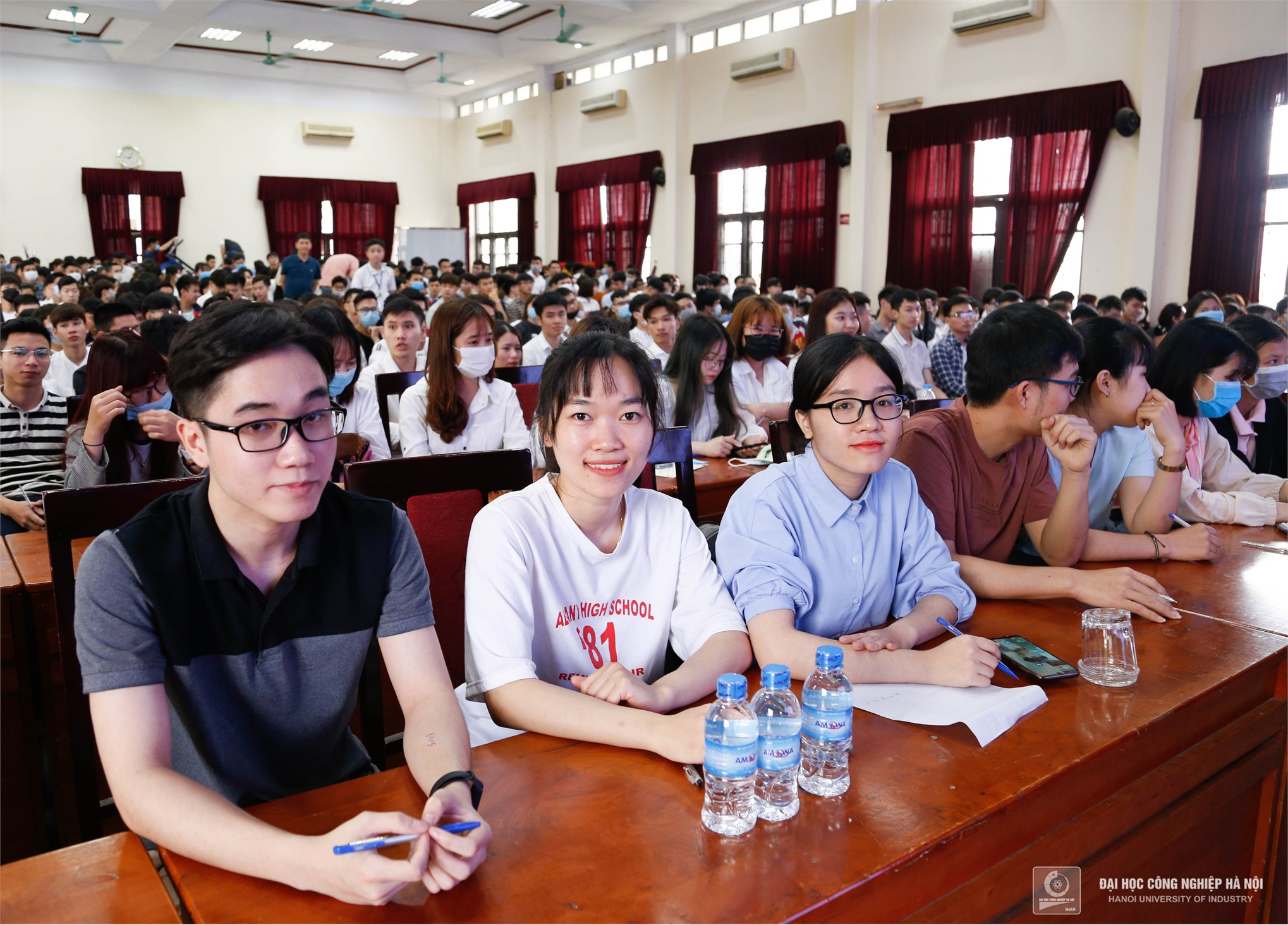 1000 employment opportunities at Hon Hai Technology Group for HaUI students