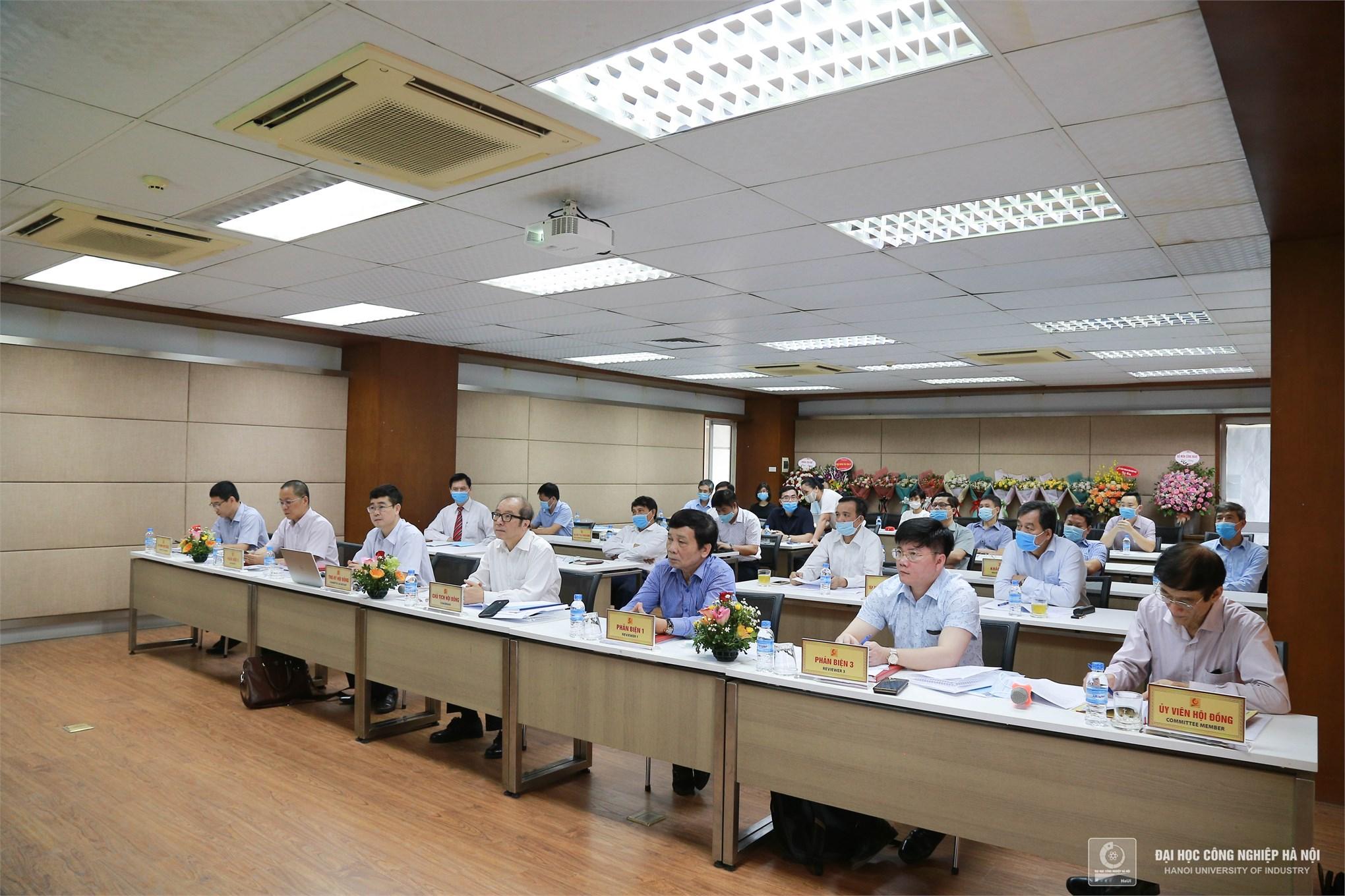 NCS Nguyễn Trọng Mai bảo vệ thành công Luận án Tiến sĩ cấp trường