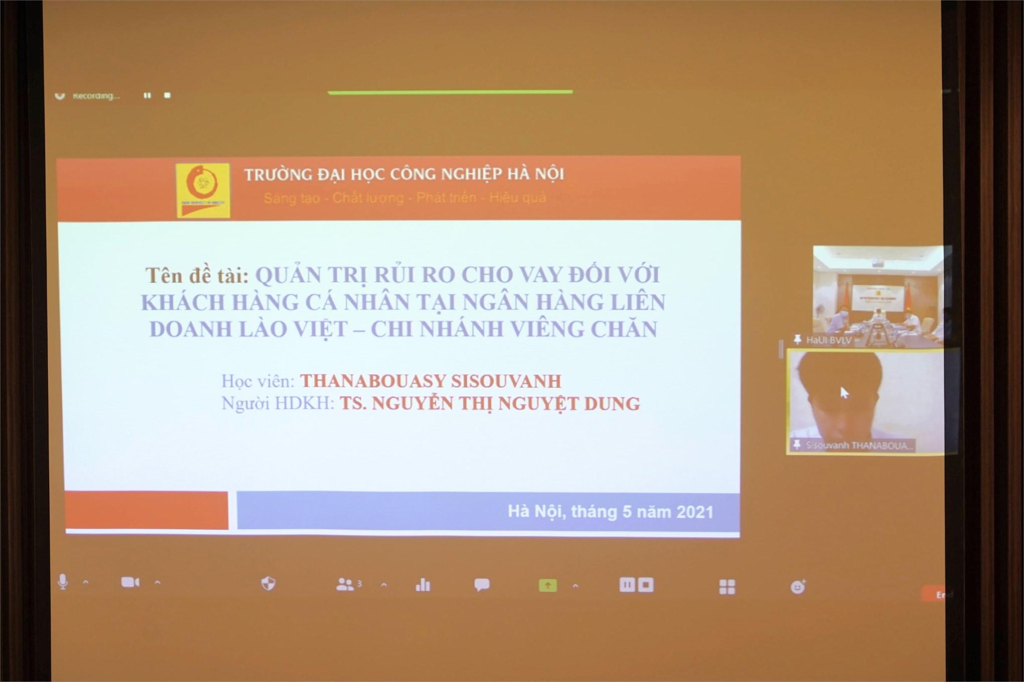 Các đề tài luận văn thạc sĩ của 2 học viên quốc tịch nước CHDCND Lào