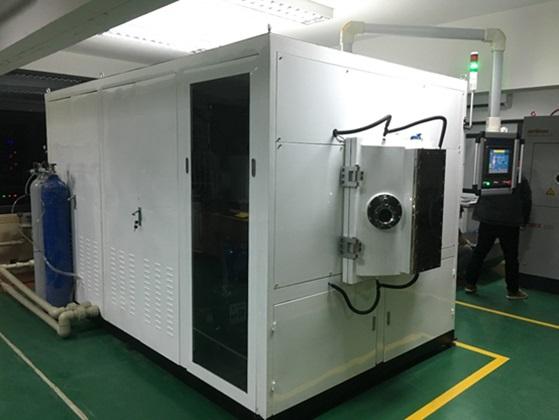 Thiết bị HCM-700 tích hợp cả 2 kỹ thuật phún xạ từ trường và hồ quan chân không được lắp đặt trong phòng thí nghiệm về công nghệ phủ và vật liệu tiên tiến, Trường Đại học Công nghiệp Hà Nội
