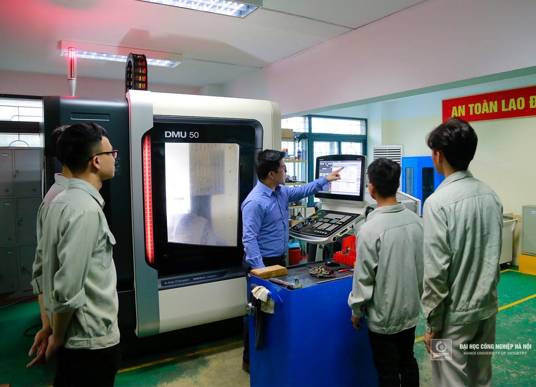 Trường Đại học Công nghiệp Hà Nội chuyển đổi số hướng tới mô hình