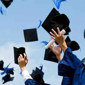 Kết nối các thế hệ cựu sinh viên Đại học Công nghiệp Hà Nội, Chia sẻ thông tin về sinh viên tiêu biểu