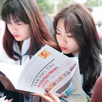 Thông tin về môi trường học tập, định hướng nghề nghiệp, cơ hội việc làm cho sinh viên