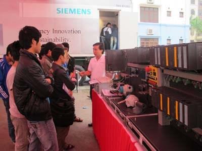 Triển lãm lưu động sản phẩm Tự động hóa tích hợp toàn diện của Siemens