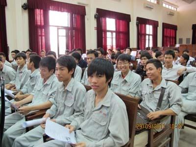 Tập huấn công tác 5S cho học sinh trung tâm Việt - Nhật
