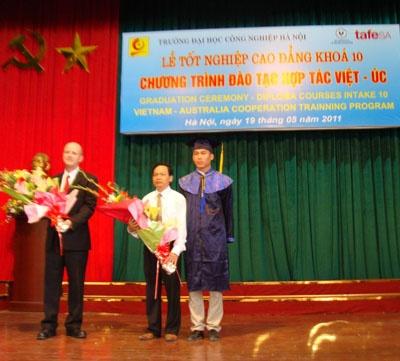 Lễ tốt nghiệp Cao đẳng khóa 10 Chương trình đào tạo hợp tác quốc tế Việt Nam-Australia